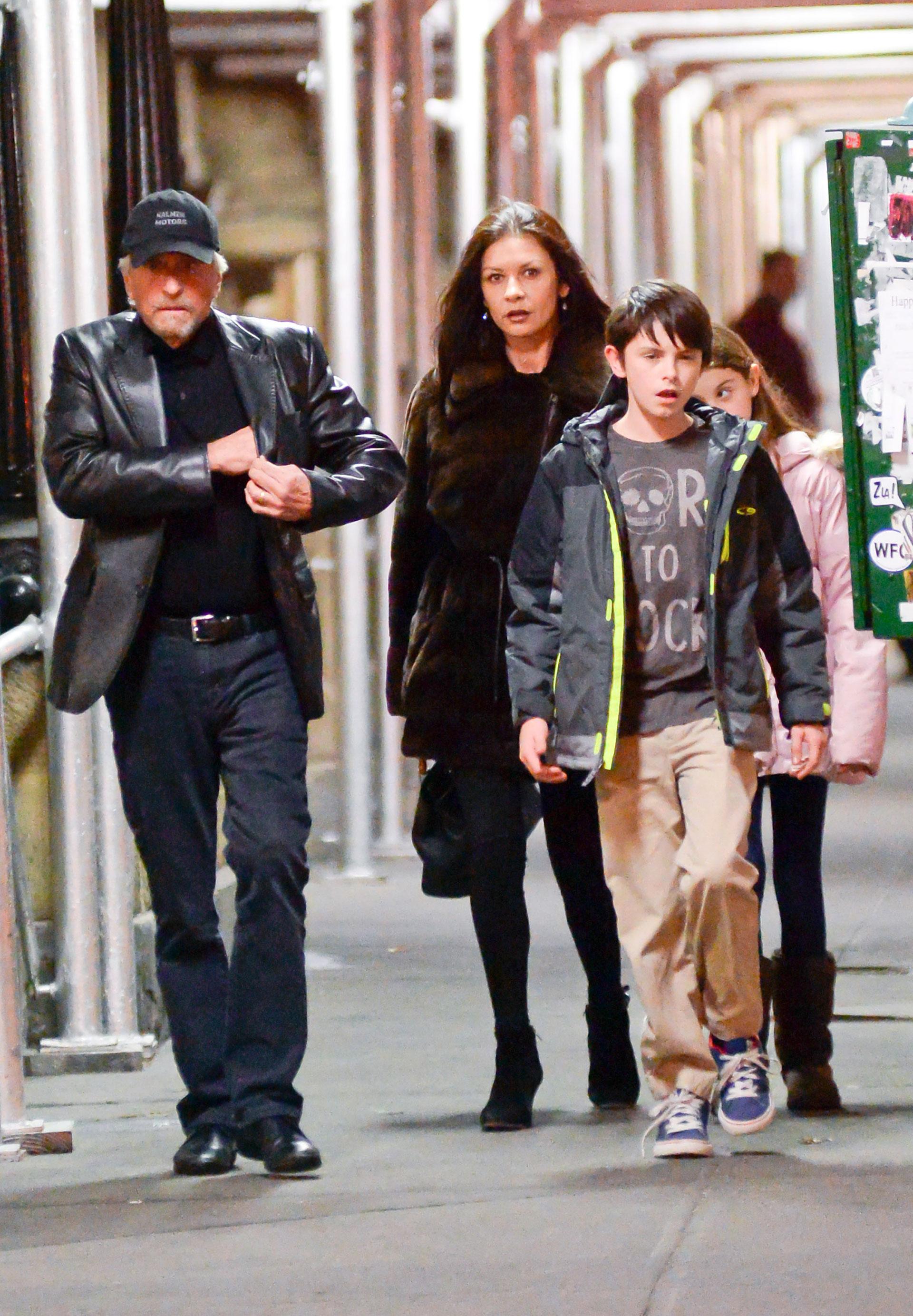 Con Dylan y Carys en la primera foto juntos luego de que anunciaran su separación (Grosby Group)