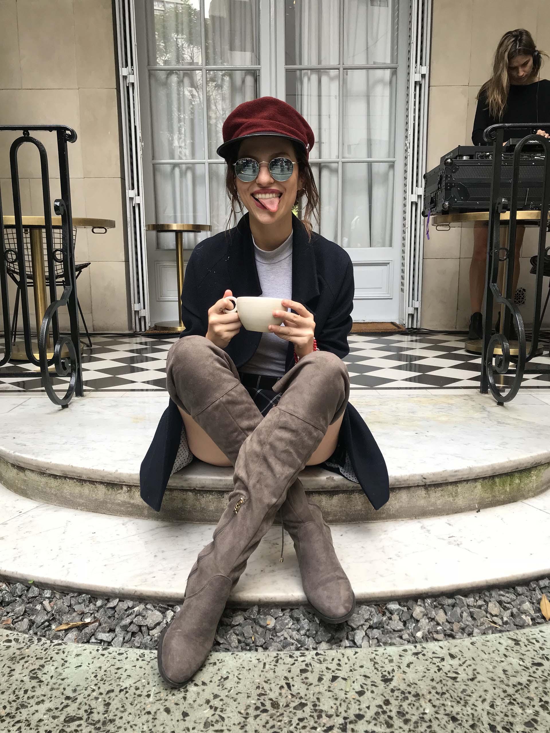 Valentina Salezzi con botas Xti
