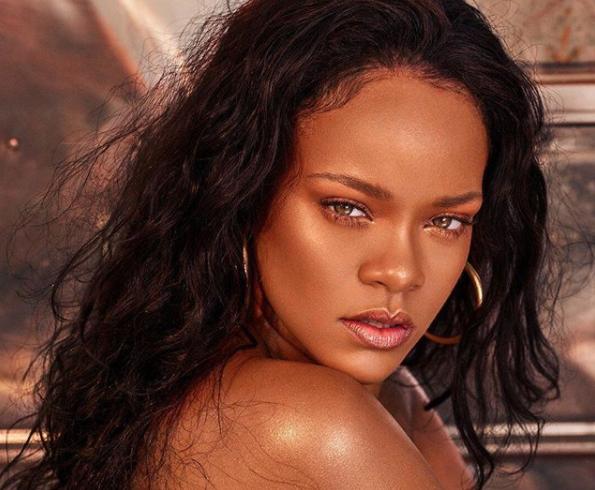 Rihanna lanzó la línea de cosméticos Fenty Beauty en el 2017
