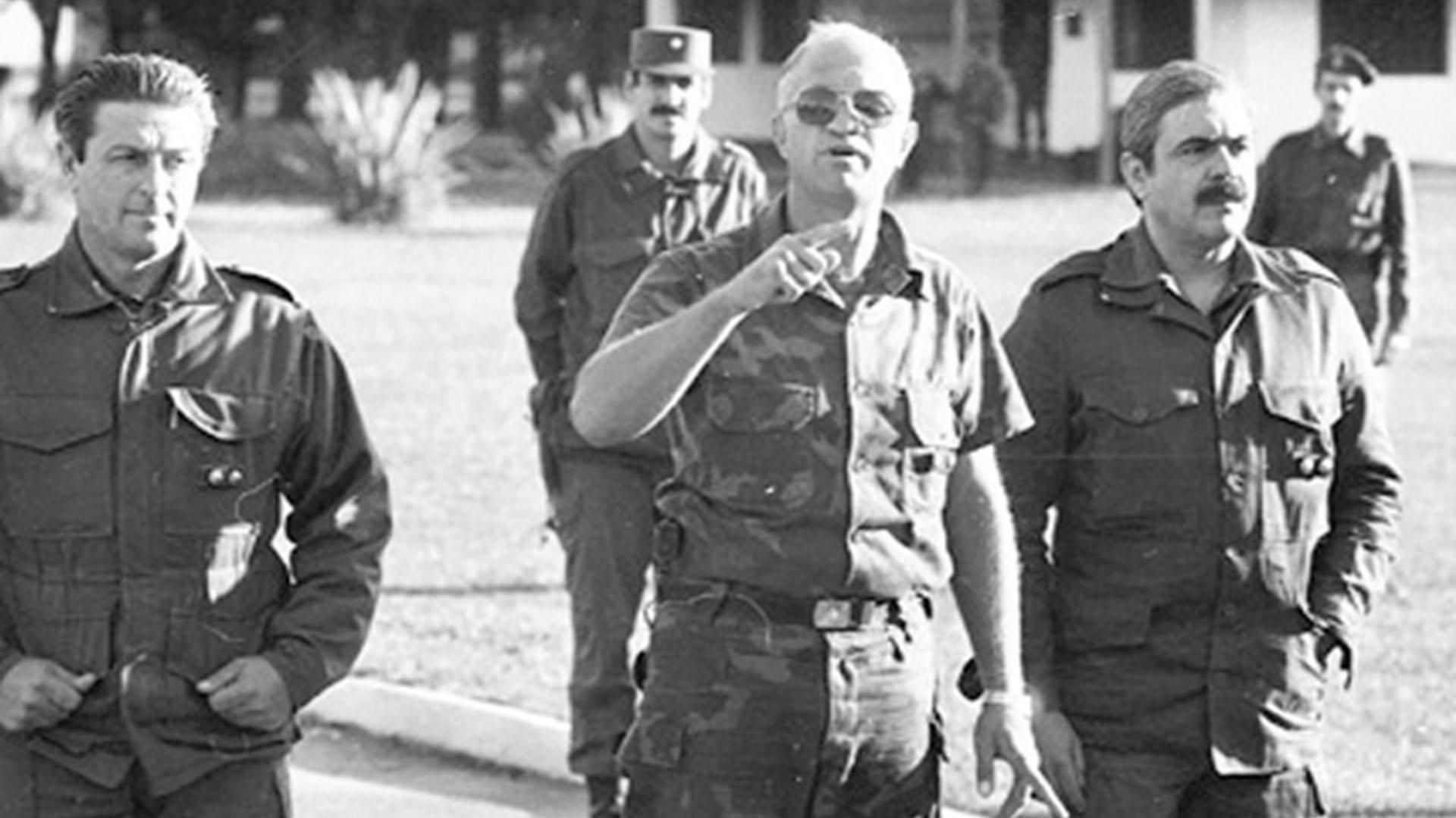 Aldo Rico en Campo de Mayo durante el levantamiento carapintada