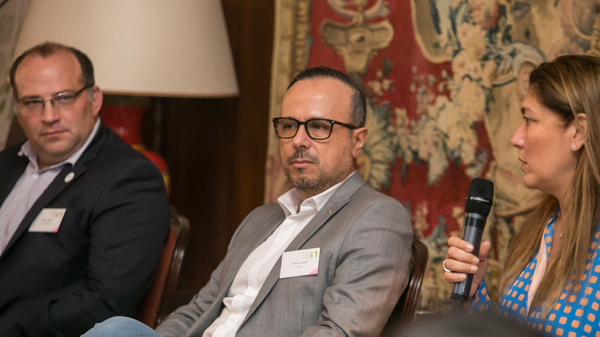 Ricardo Negri (SENASA), Antonio Aracre (Syngenta Agro) y Silvia Taurozzi