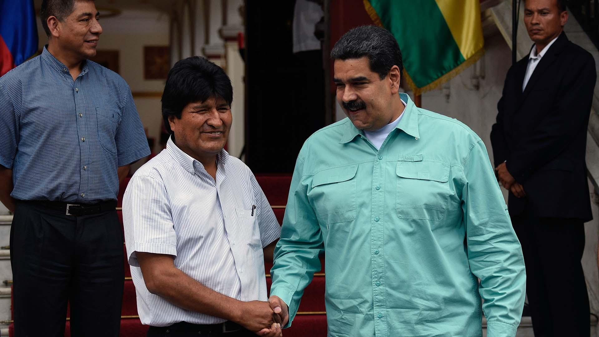 Tras la Cumbre de las Américas, Nicolás Maduro recibió en Caracas a Evo Morales (AFP)