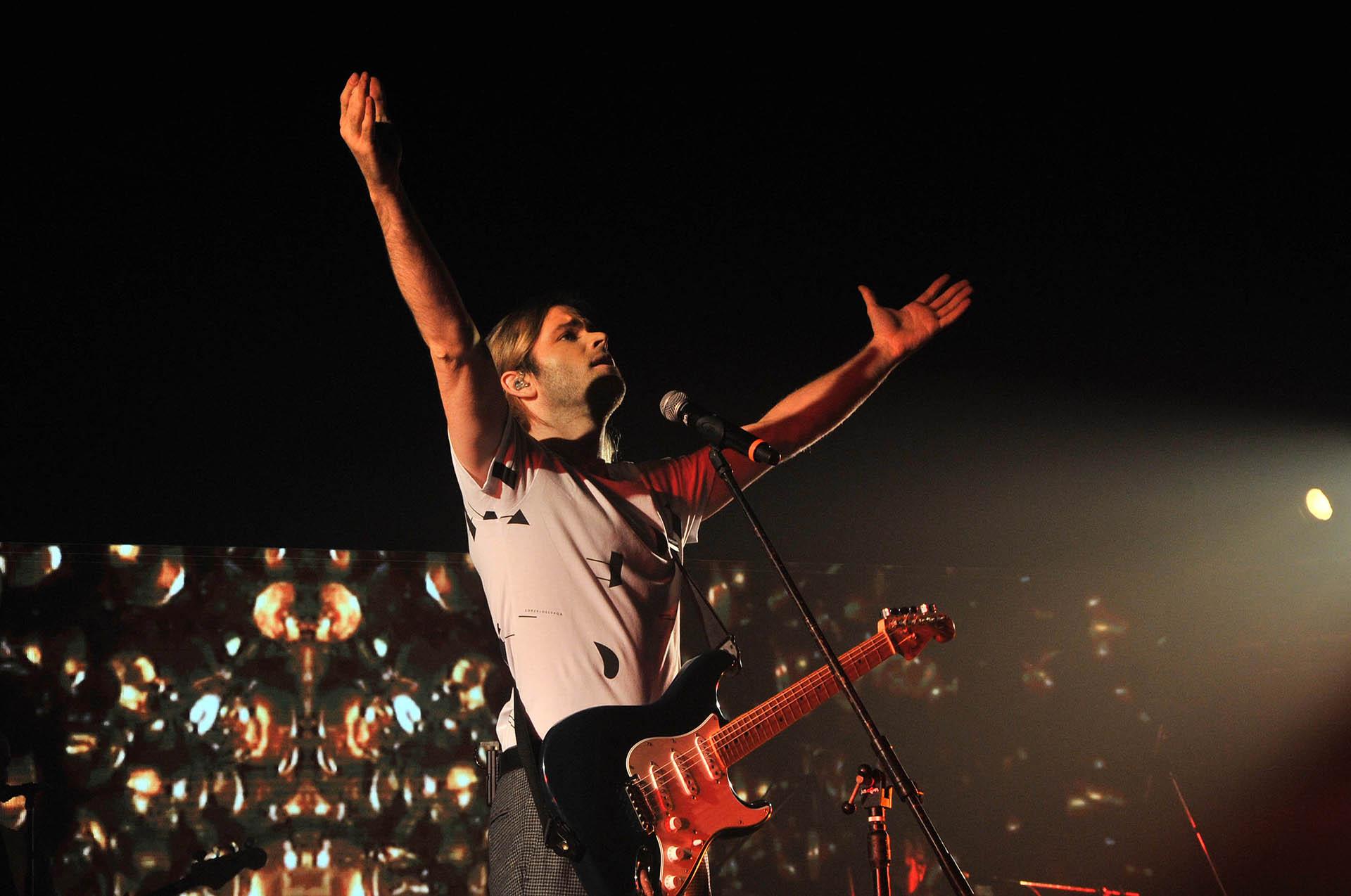 El actor y cantante debutó a lo grande en la calle Corrientes