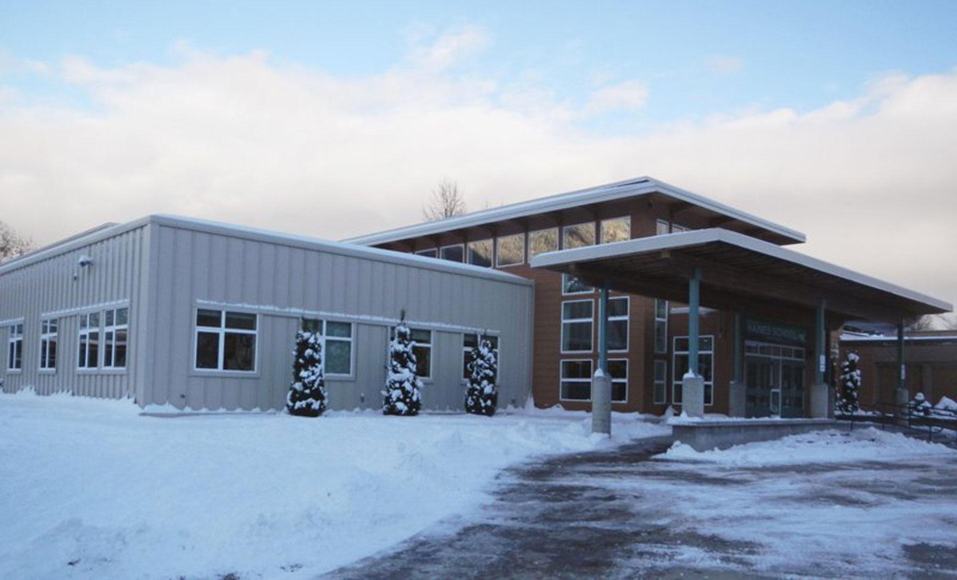 El Haines High School, en Haines, Alaska, un pequeño pueblo pesquero de 2 mil habitantes (AP)