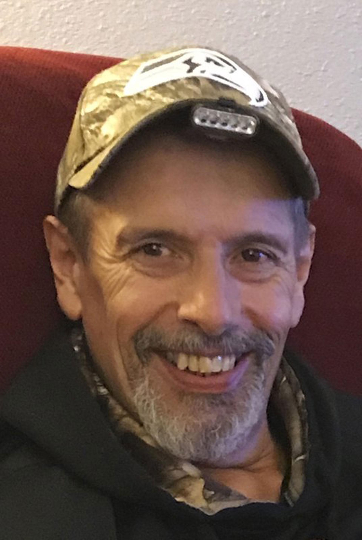 Antes de morir en marzo pasado, Rick Martin reveló en mensajes grabados en su teléfono móvil los abusos por parte de Karl Ward en un centro educativo en Haines, Alaska