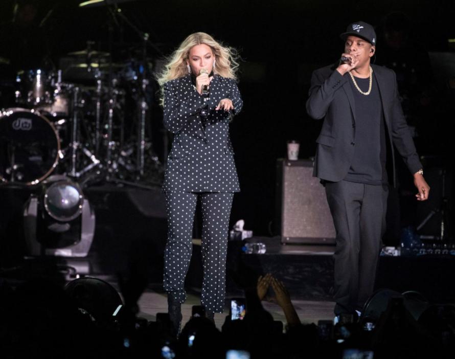 Beyoncé y Jay-Z cantaron juntos el tema Deja Vu (AP/Matt Rourke, File)