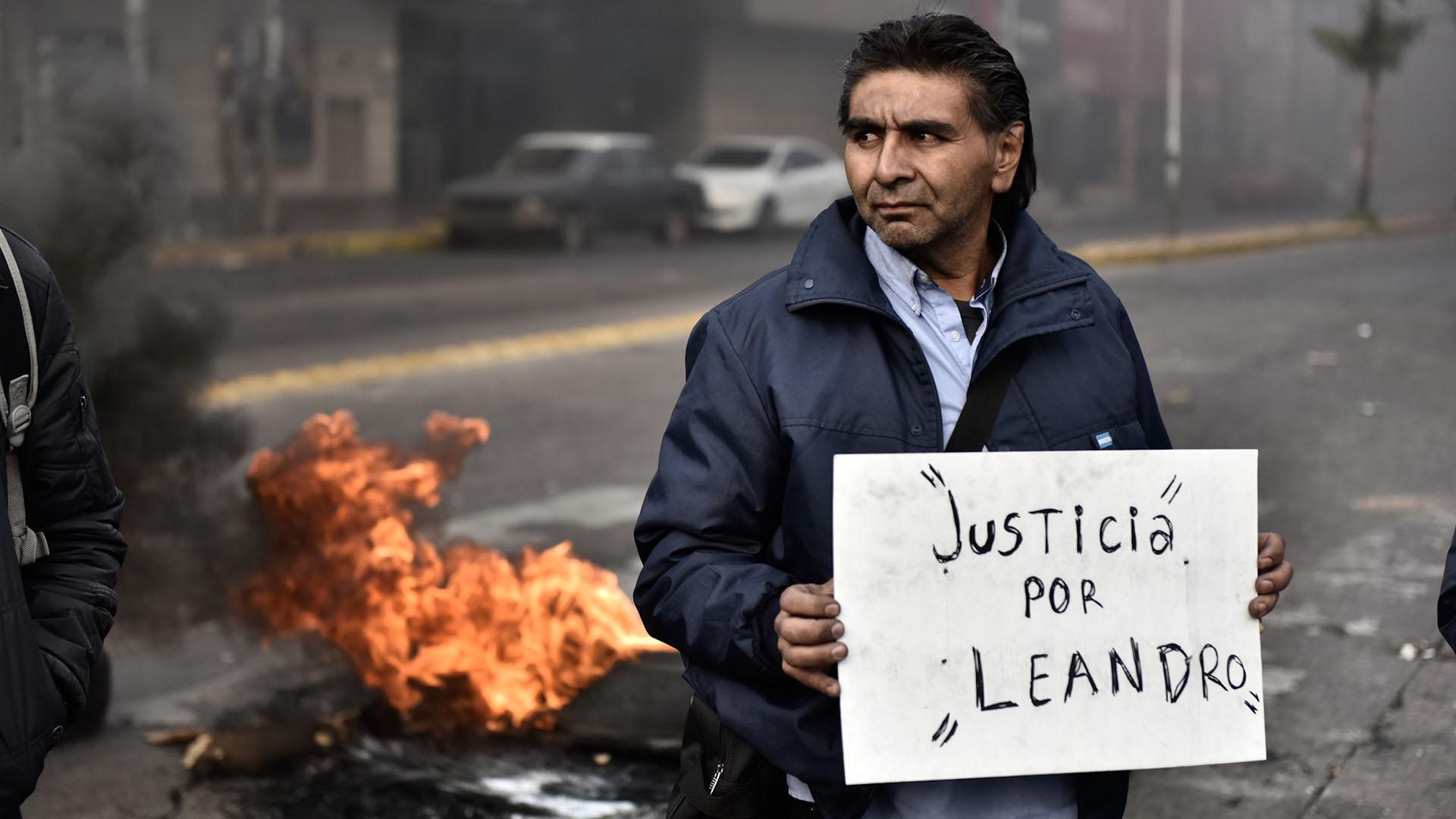 Esta mañana hubo protestas de colectiveros en la General Paz (Foto: Adrián Escandar)
