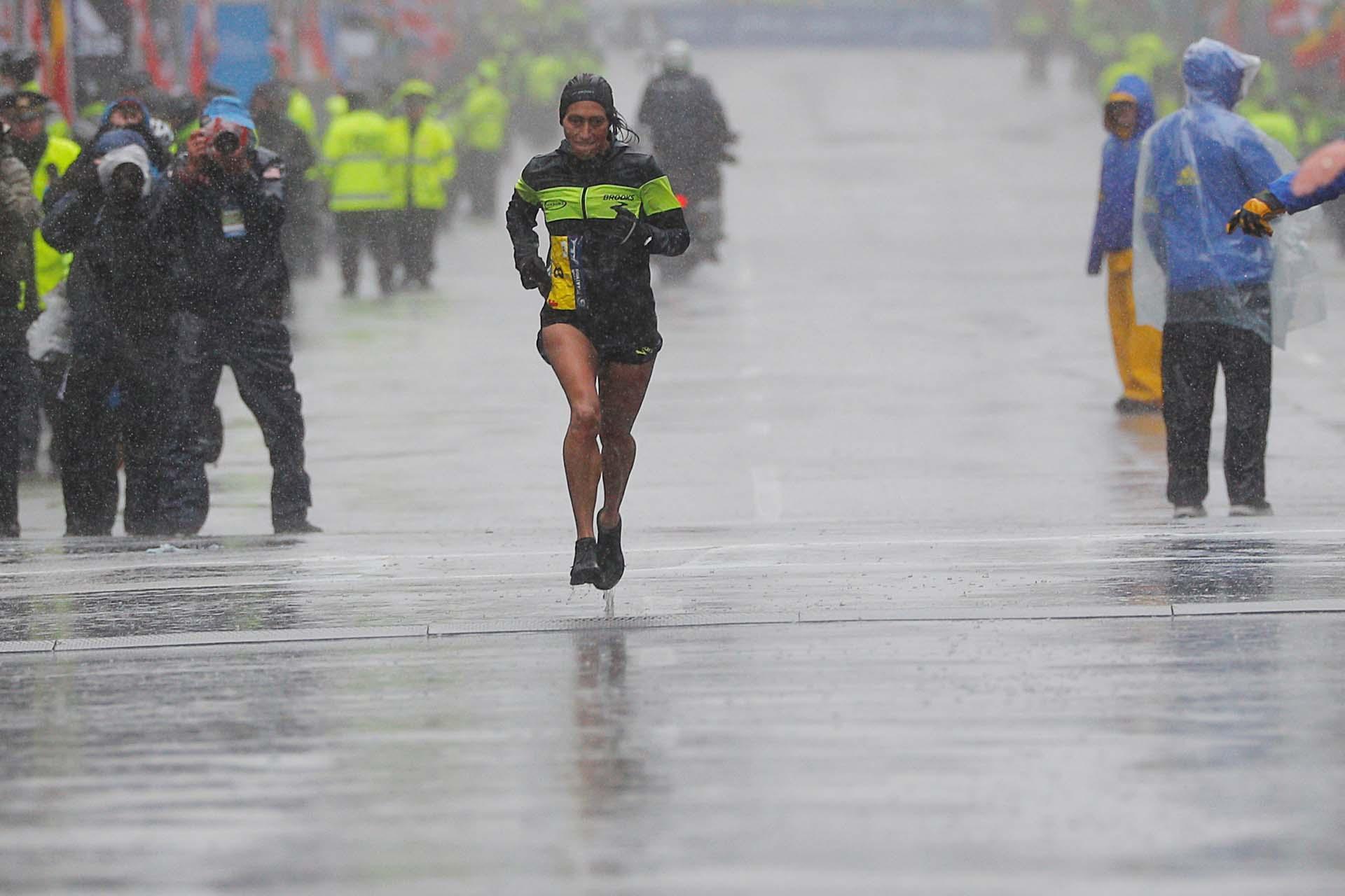 """""""No tengo palabras para expresar lo que se siente"""", declaró Linden al valorar los sentimientos que tenía tras ganar la carrera"""