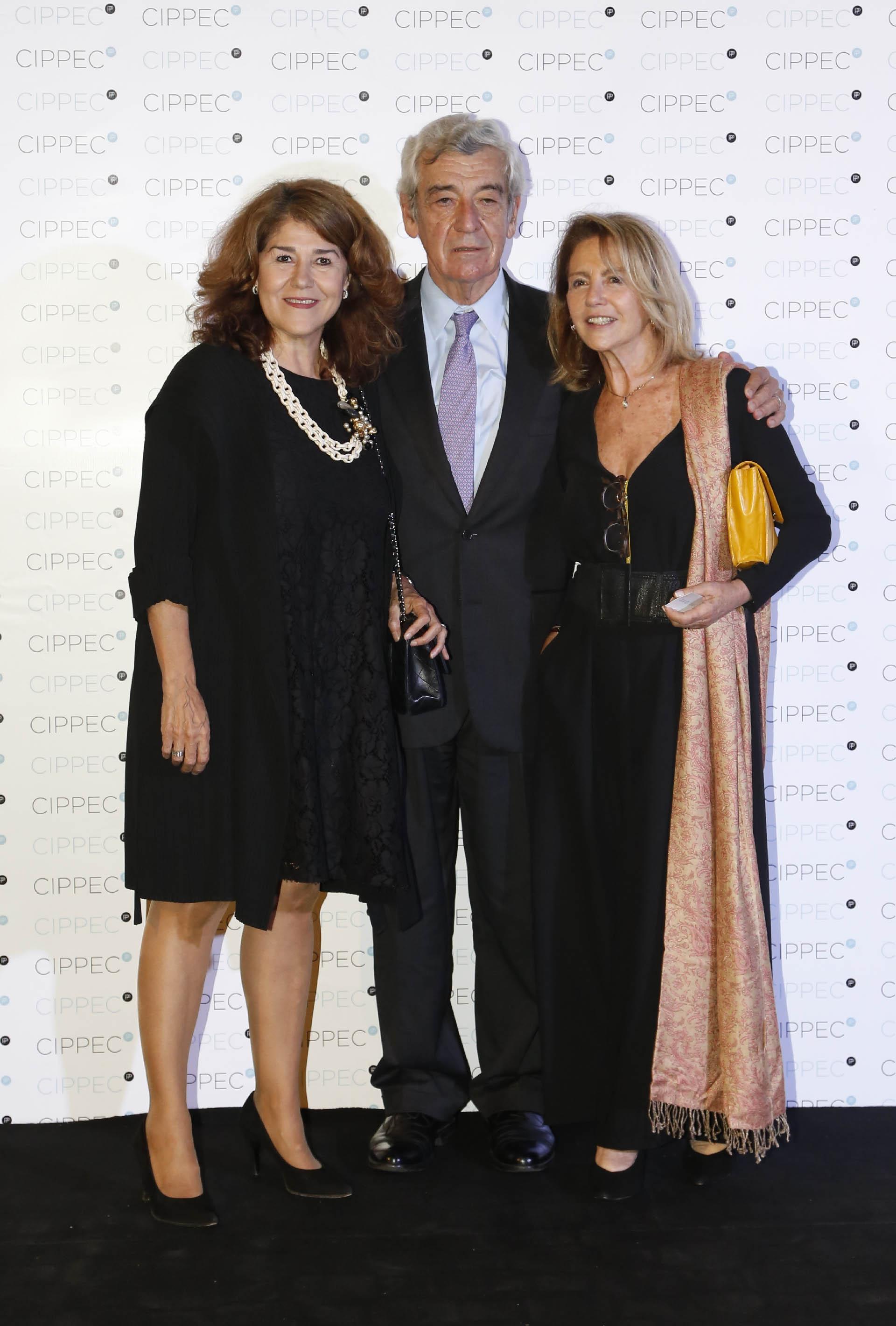 El embajador argentino en Chile, José Octavio Bordón, y Graciela Römer