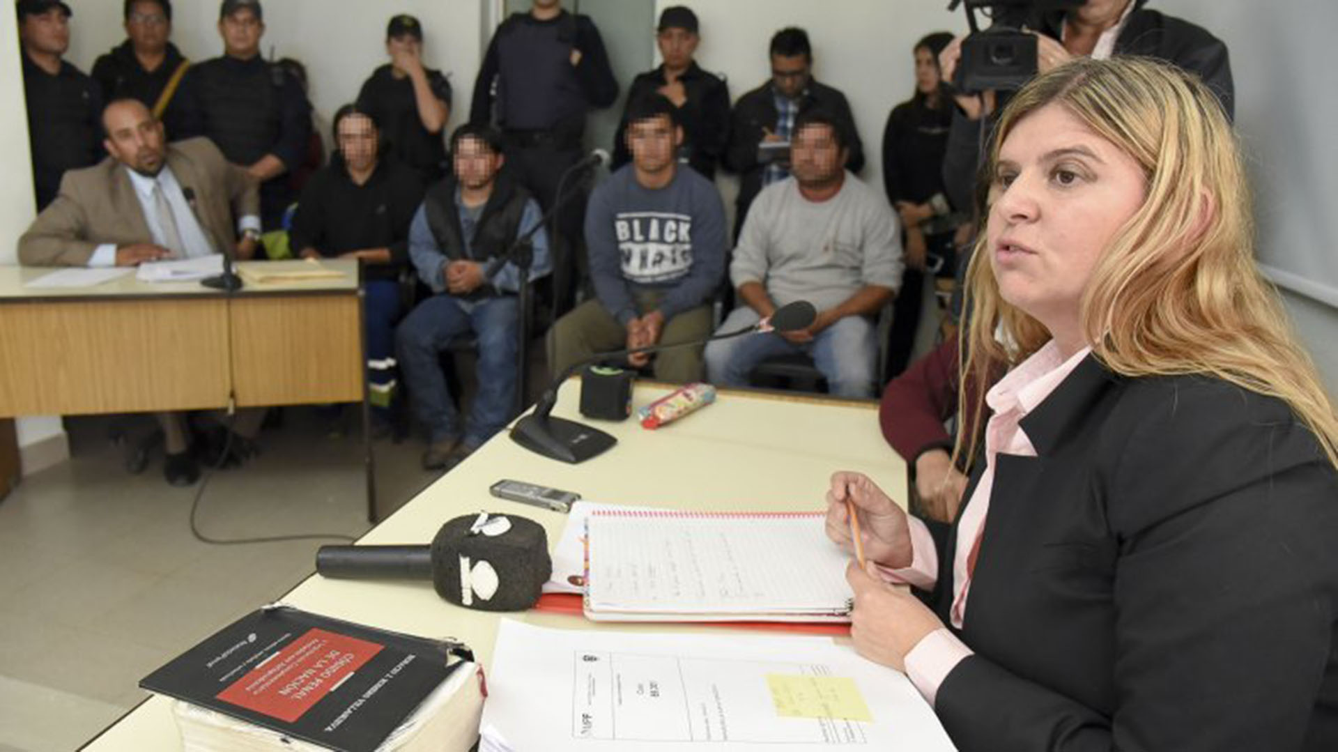 En el fondo, los cuatro hermanos Ibáñez, durante el juicio en su contra