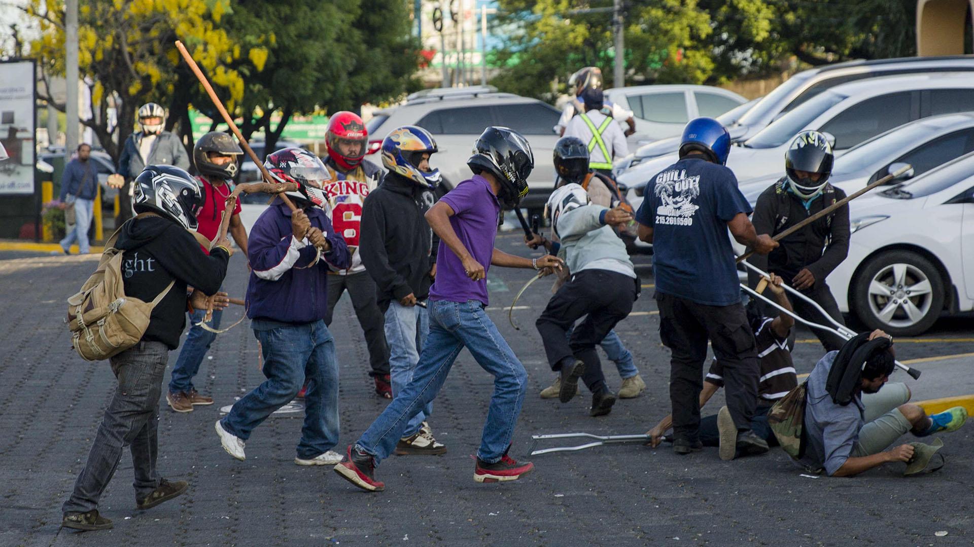 Nicaragua: sandinismo capitalista. Marcha-y-represion-Nicaragua-15