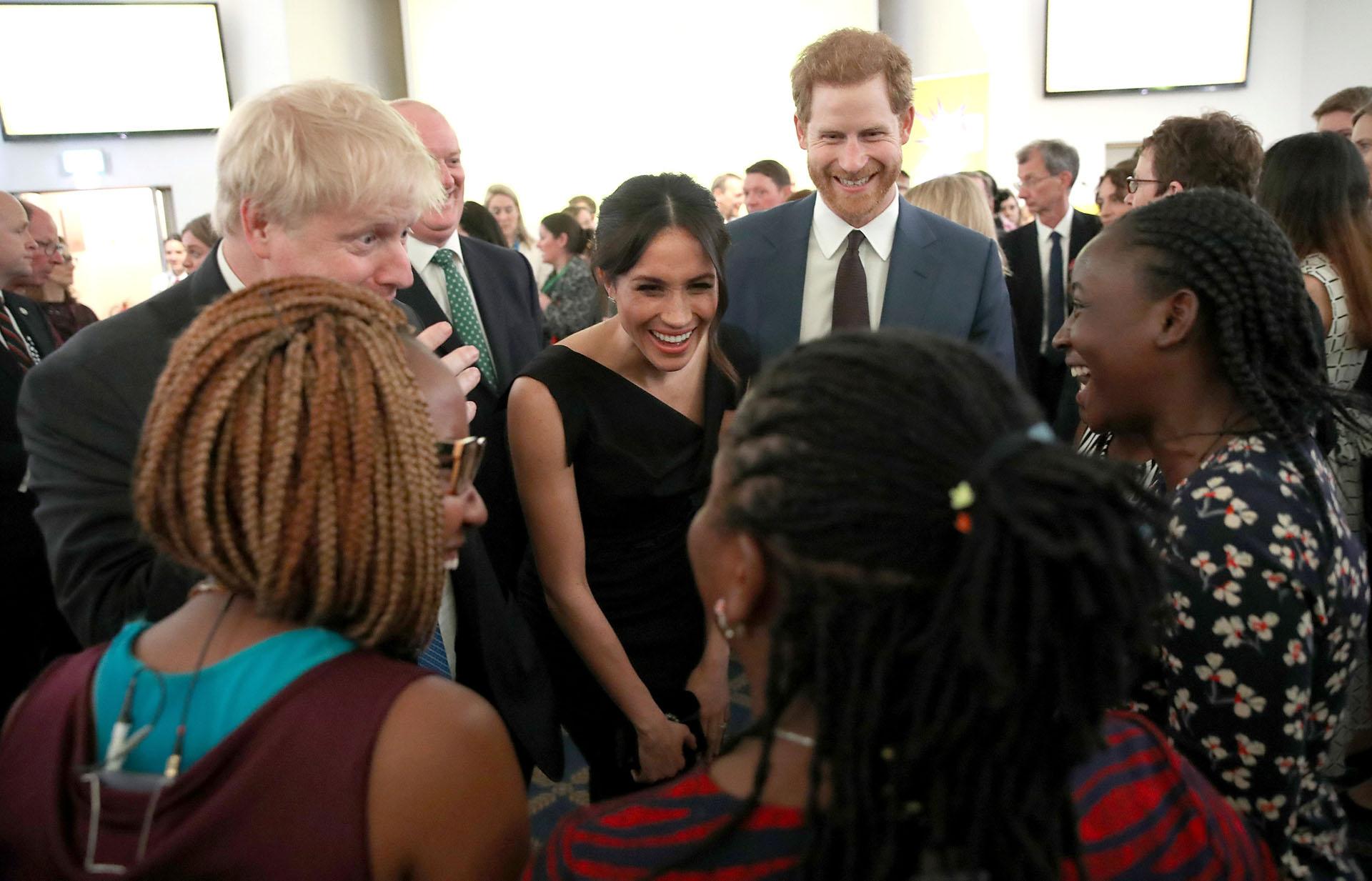 Luego, la pareja se desplazará a la sala San Jorge para una recepción presidida por la reina