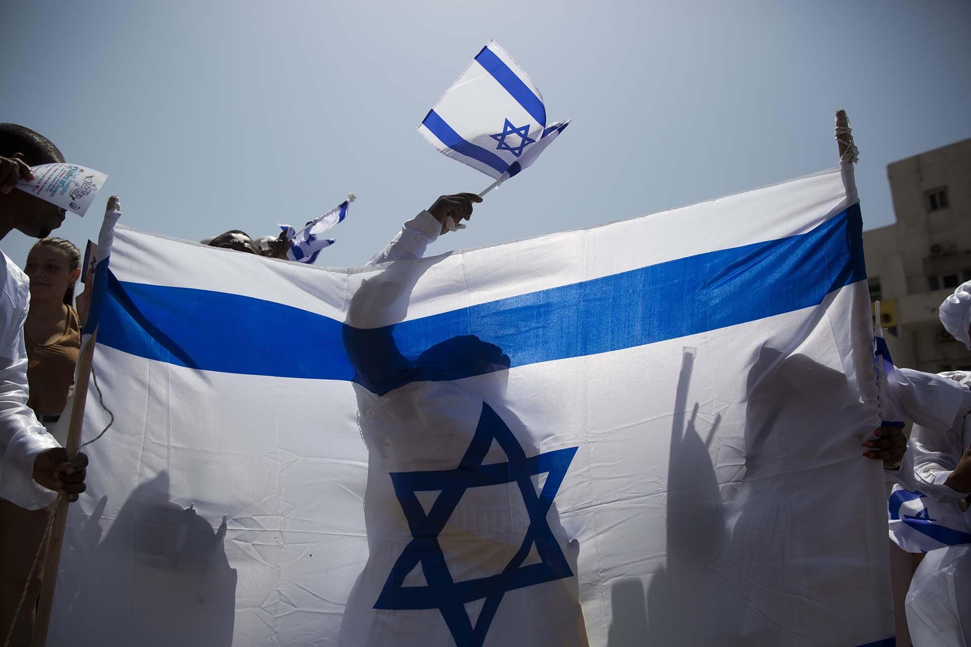 Cientos de israelíes se sumaron a los festejos por el Día de la Independencia (AP Photo/Oded Balilty)