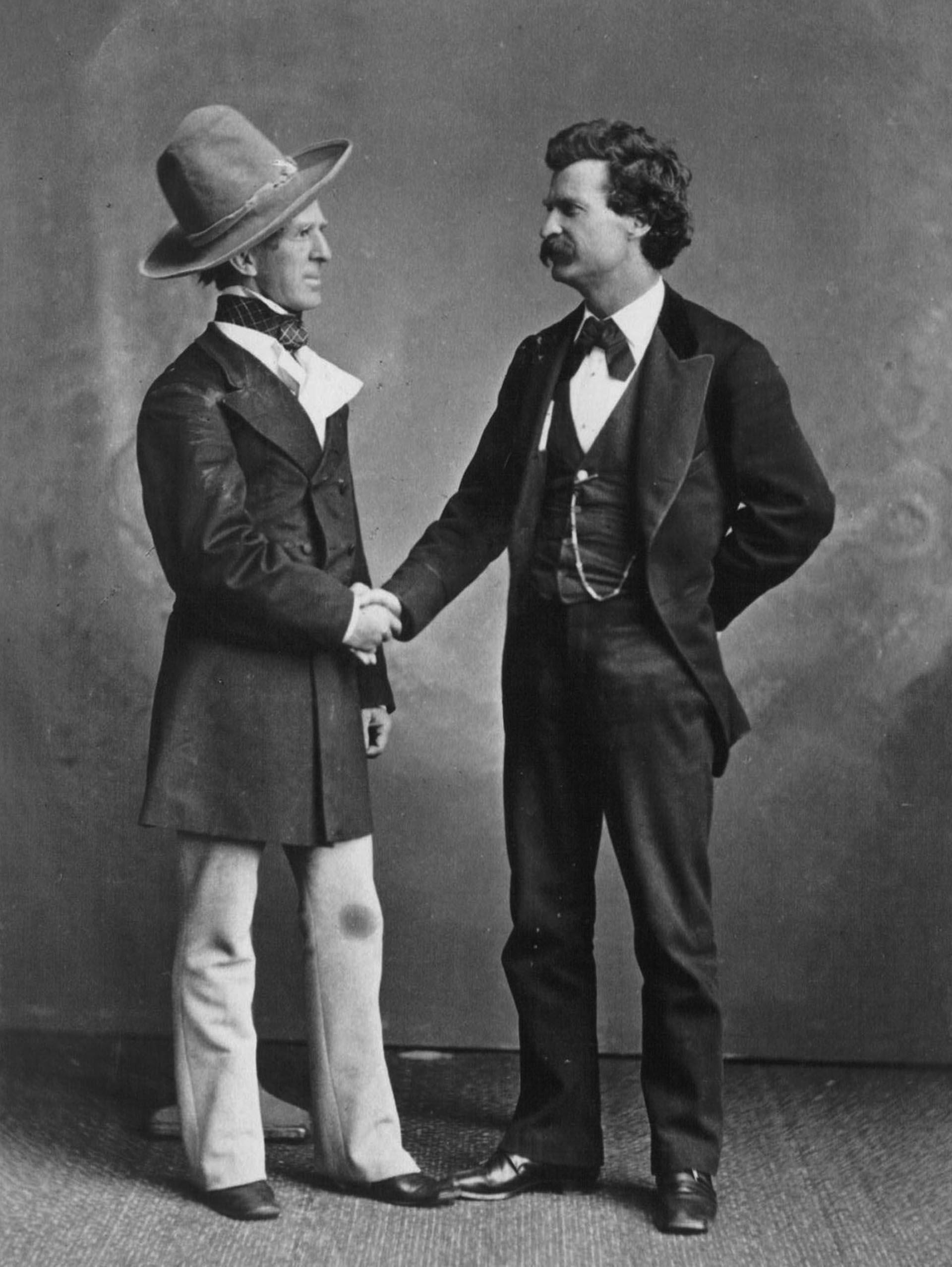 """En """"Pasando fatigas"""" y """"La célebre rana saltarina del distrito de Calaveras"""" Twain cuenta sus experiencias en el viejo oeste"""