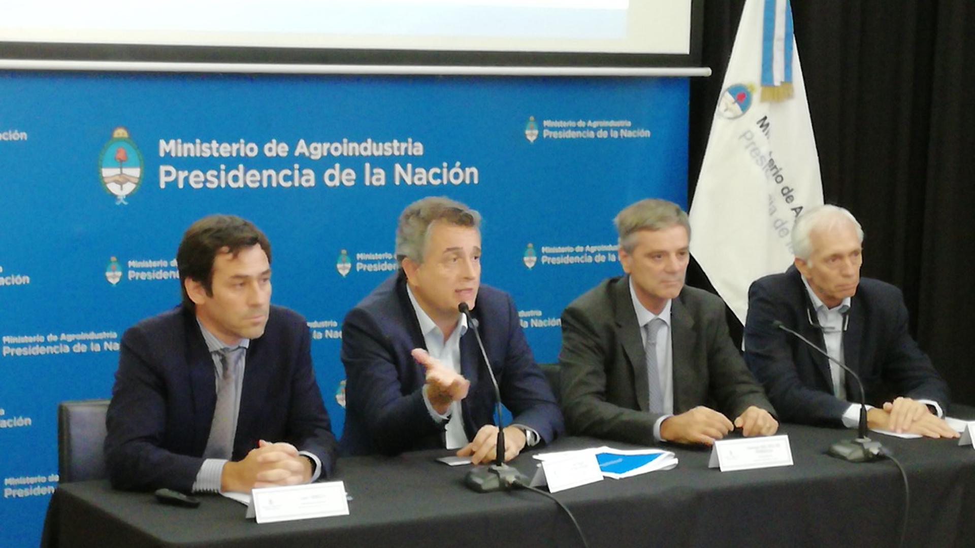 Agroindustria se comprometió a informar una vez por mes el avance en la producción de granos. En junio se conocerá el número definitivo de la campaña gruesa.