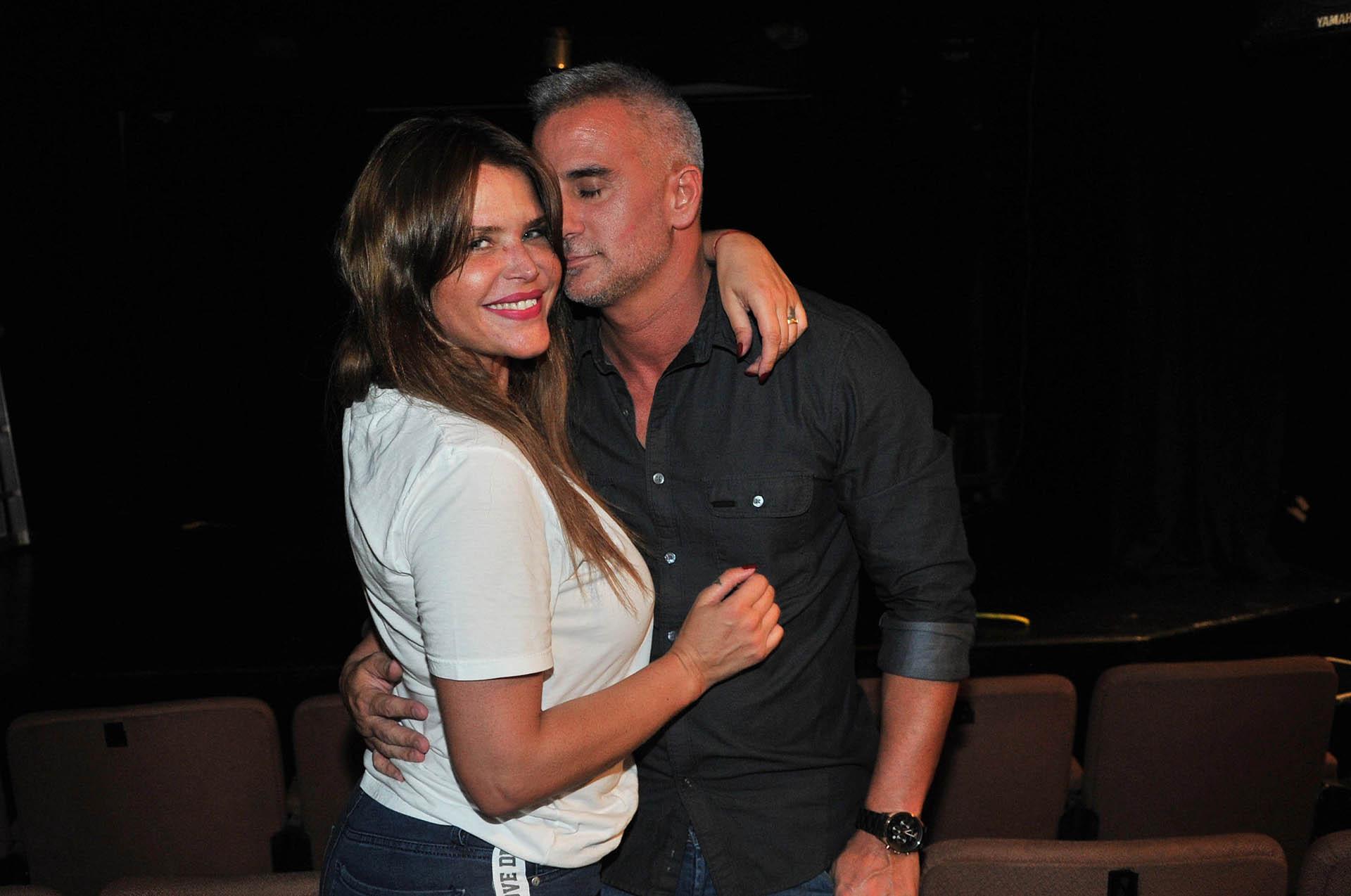 Nazarena Vélez y Leandro Camani, muy mimosos