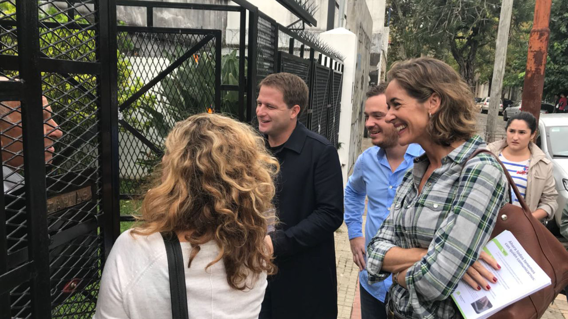 En San Fernando estuvieron el secretario de Asuntos Municipales bonaerense Alex Campbell junto al ministro de Salud de la Provincia de Buenos Aires, Andrés Scarsi