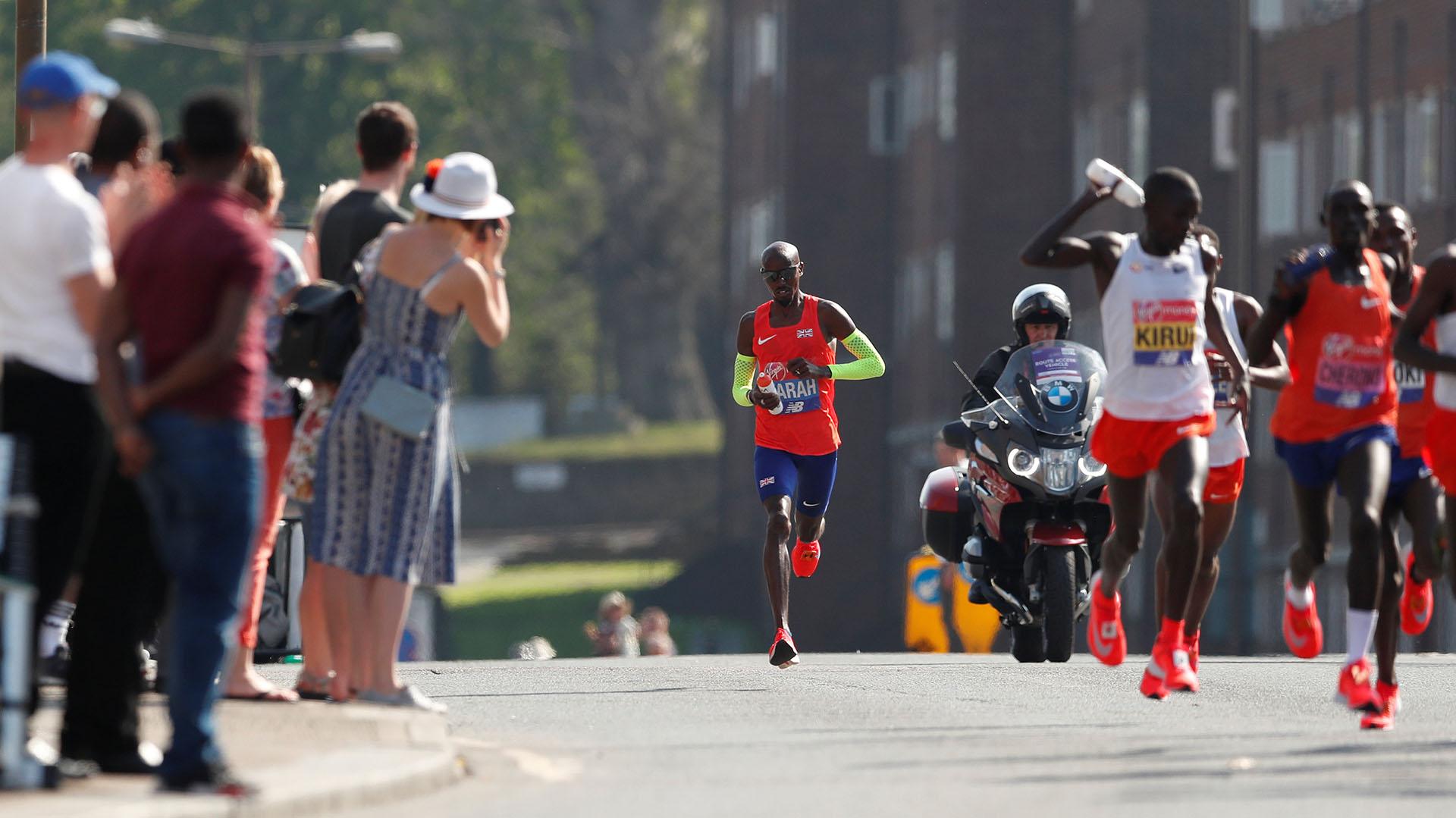 El keniano Eliud Kipchoge, campeón olímpico, recuperó este domingo su corona en el Maratón de Londres