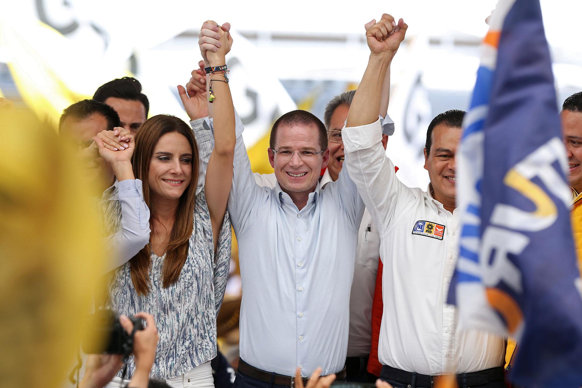 Anaya es candidato por una coalición de partidos dederechae izquierda. (Foto: REUTERS/Gustavo Graf)