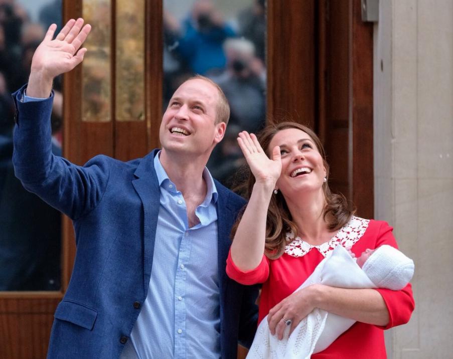 Los duques de Cambridge presentaron al mundo a su tercer hijo