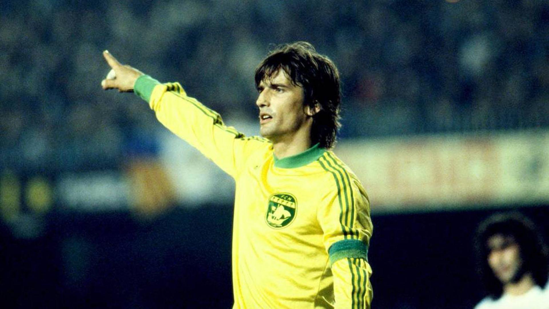 Henri Michel jugó en el Nante, donde fue tres veces campeón de la Ligue 1 y una de la Copa de Francia