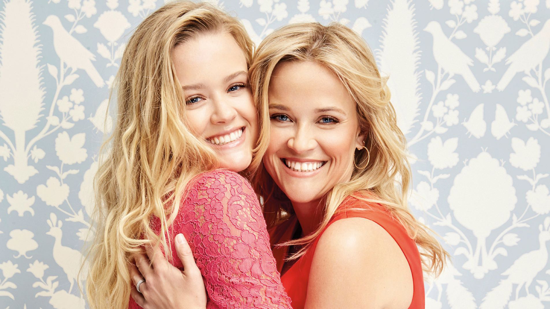 Reese Witherspoon y Ava Philippe
