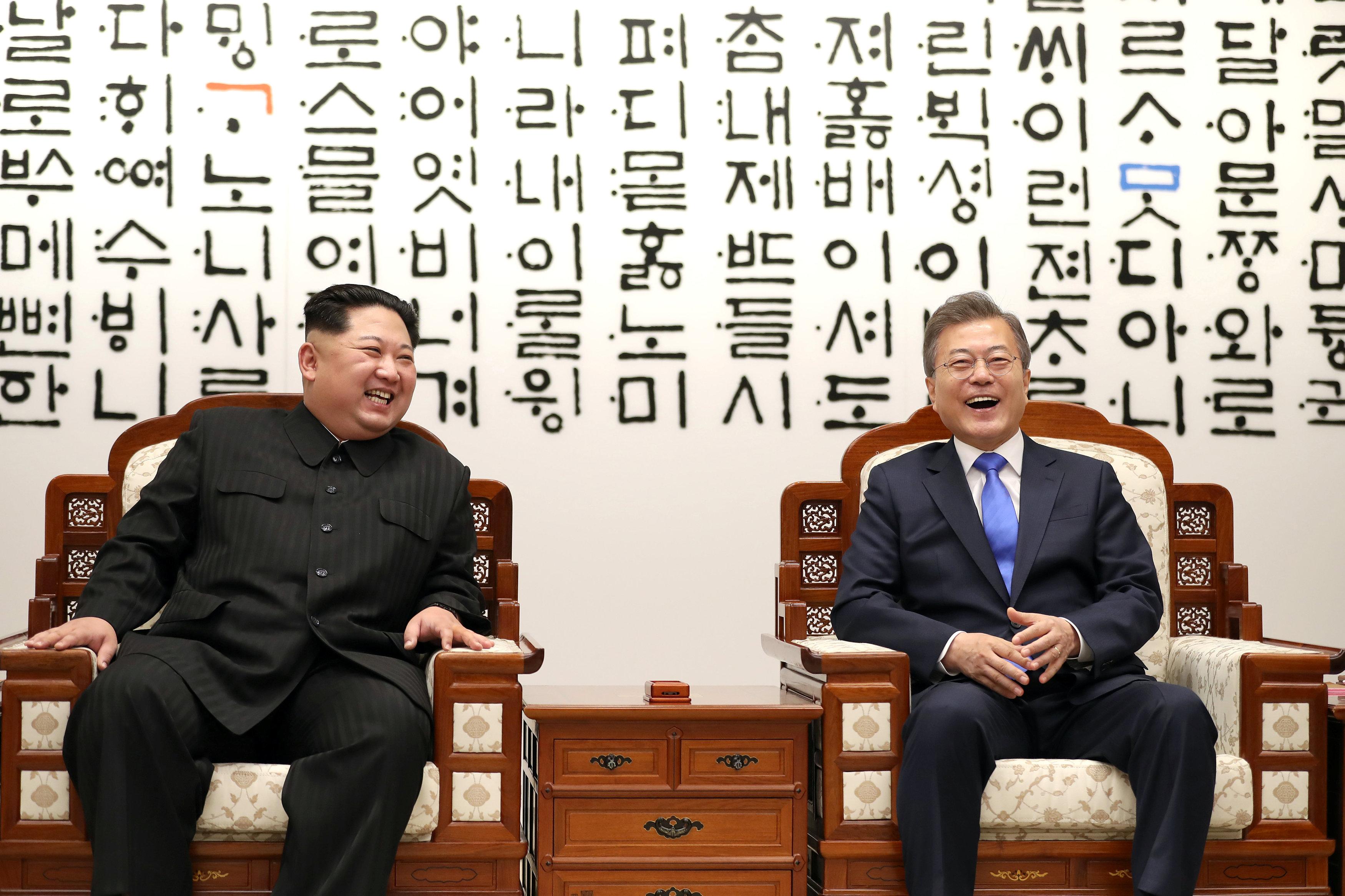 Kim Jong-un y Moon Jae-in (Reuters)