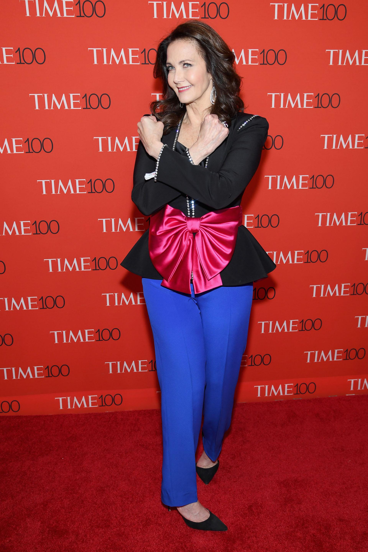 Divertida y glamorosa, Lynda Carter en la gran red carpet de TIME