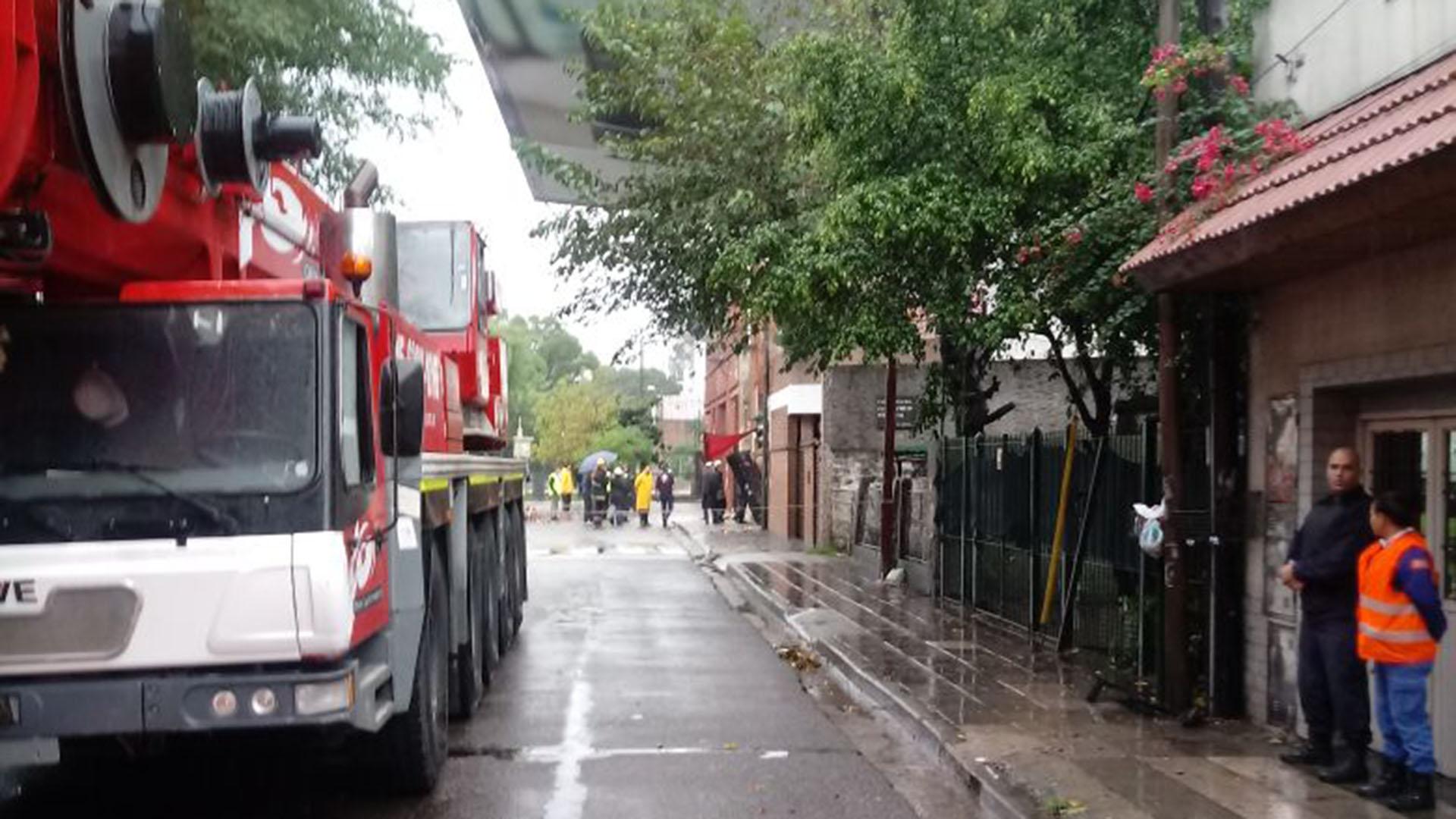"""""""No hubo evacuados en la Ciudad"""", afirmó el director de Defensa Civil porteño, Raúl Garnica"""
