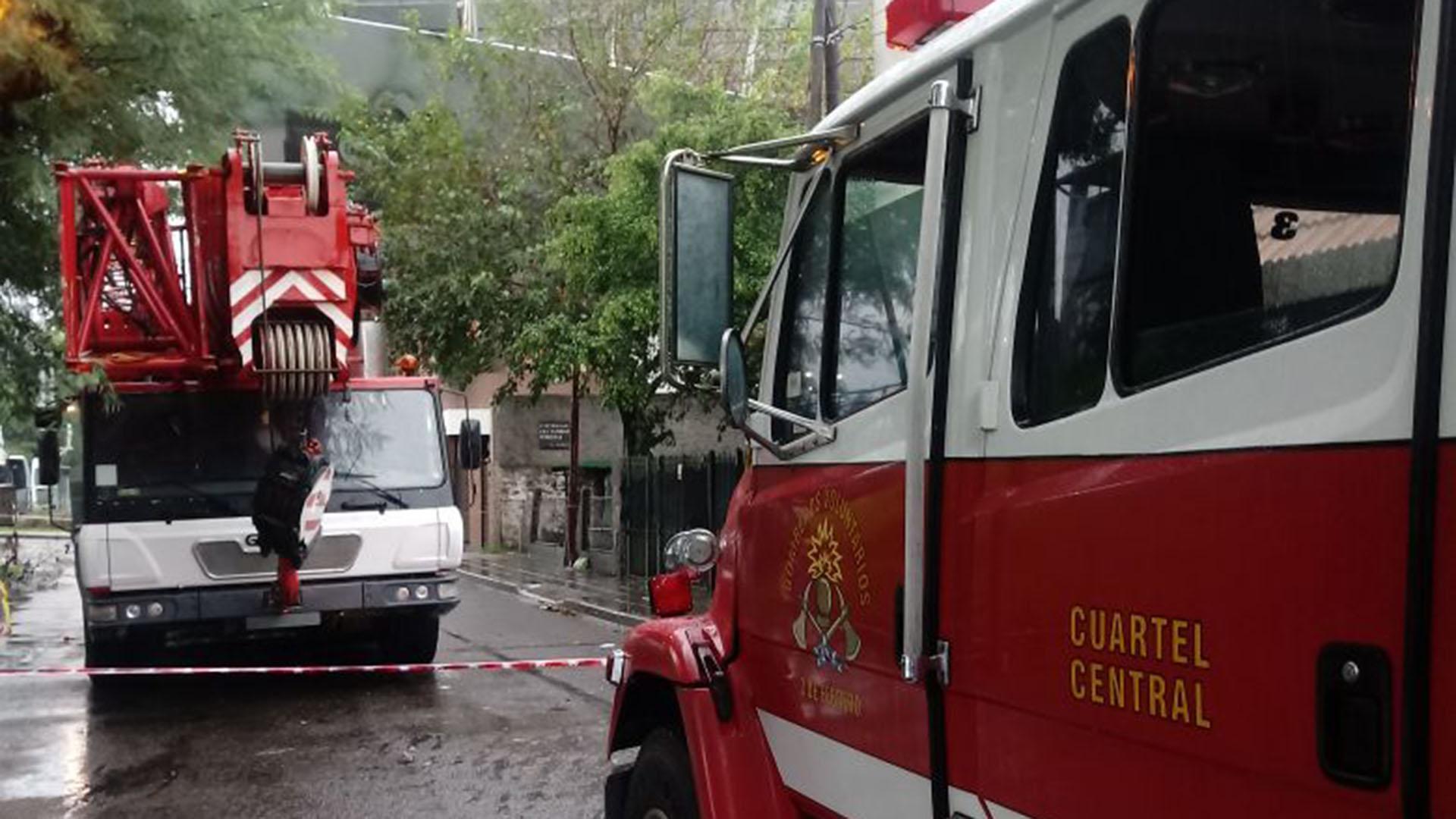 El operativo en la Ciudad incluyó más de 200 agentes de Defensa Civil, Guardia de Auxilio, Bomberos y Logística