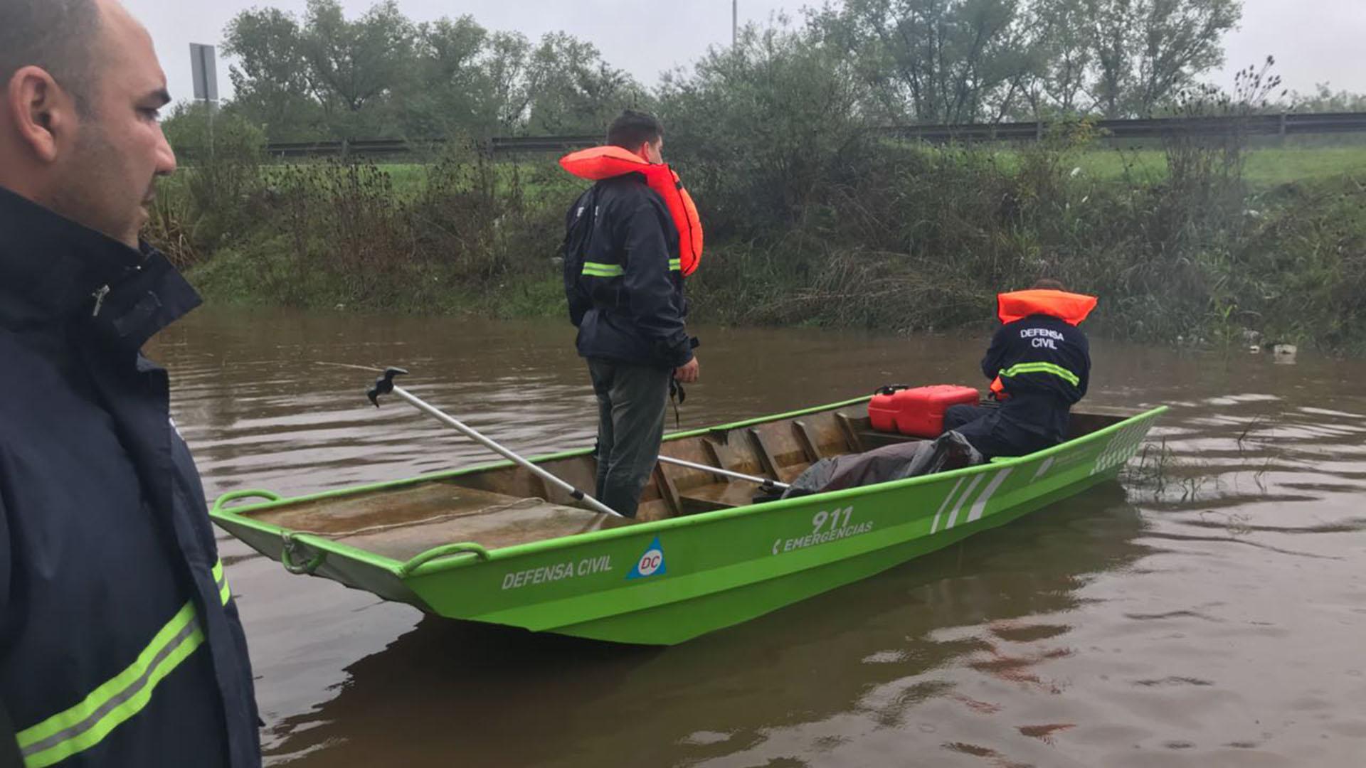 Los trabajos de evacuación en la Provincia: la lluvia afectó a 1146 personas