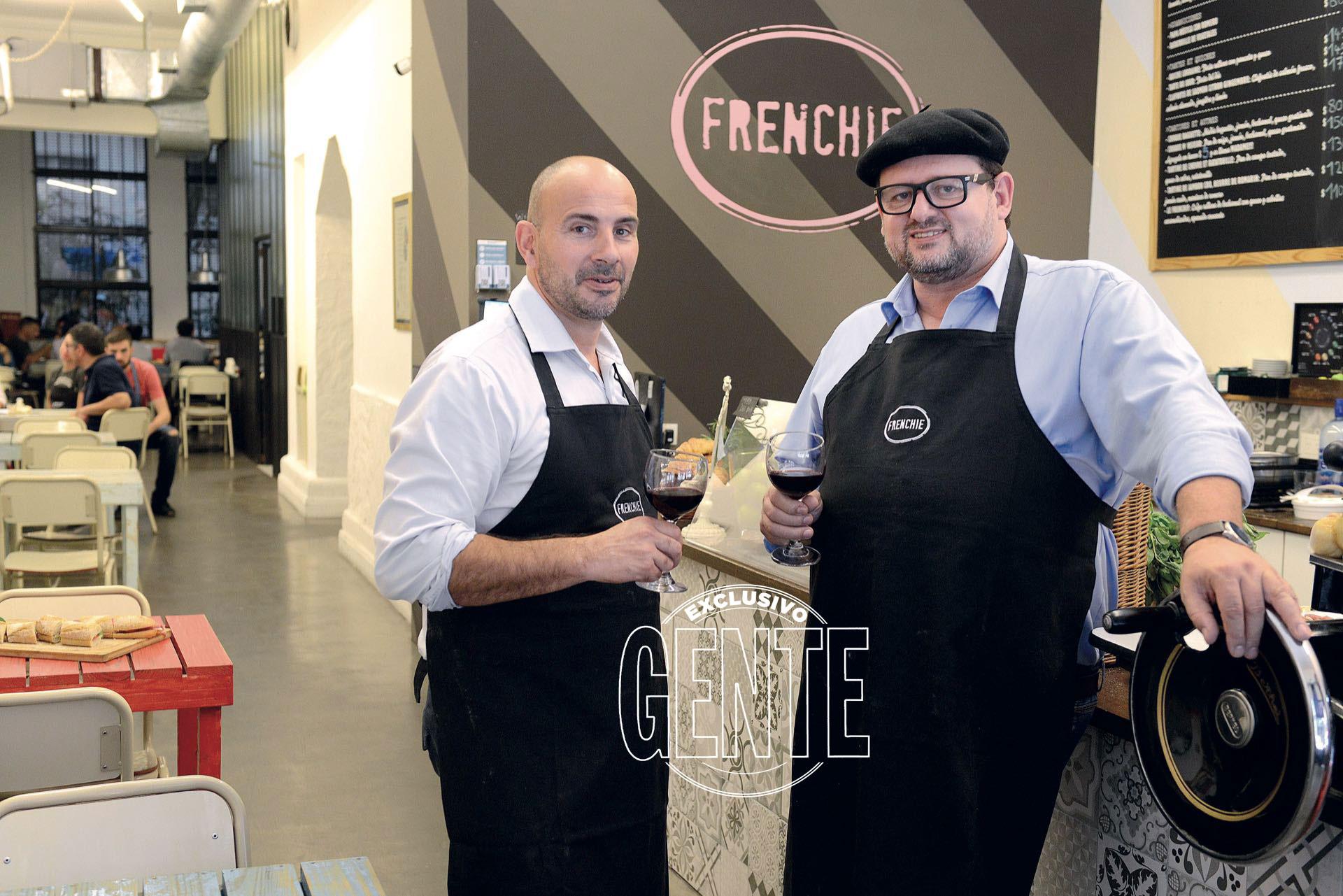 El chef Christophe junto a su amigo Jérôme Mathe en Frenchie (Foto Maximiliano Vernazza/GENTE)