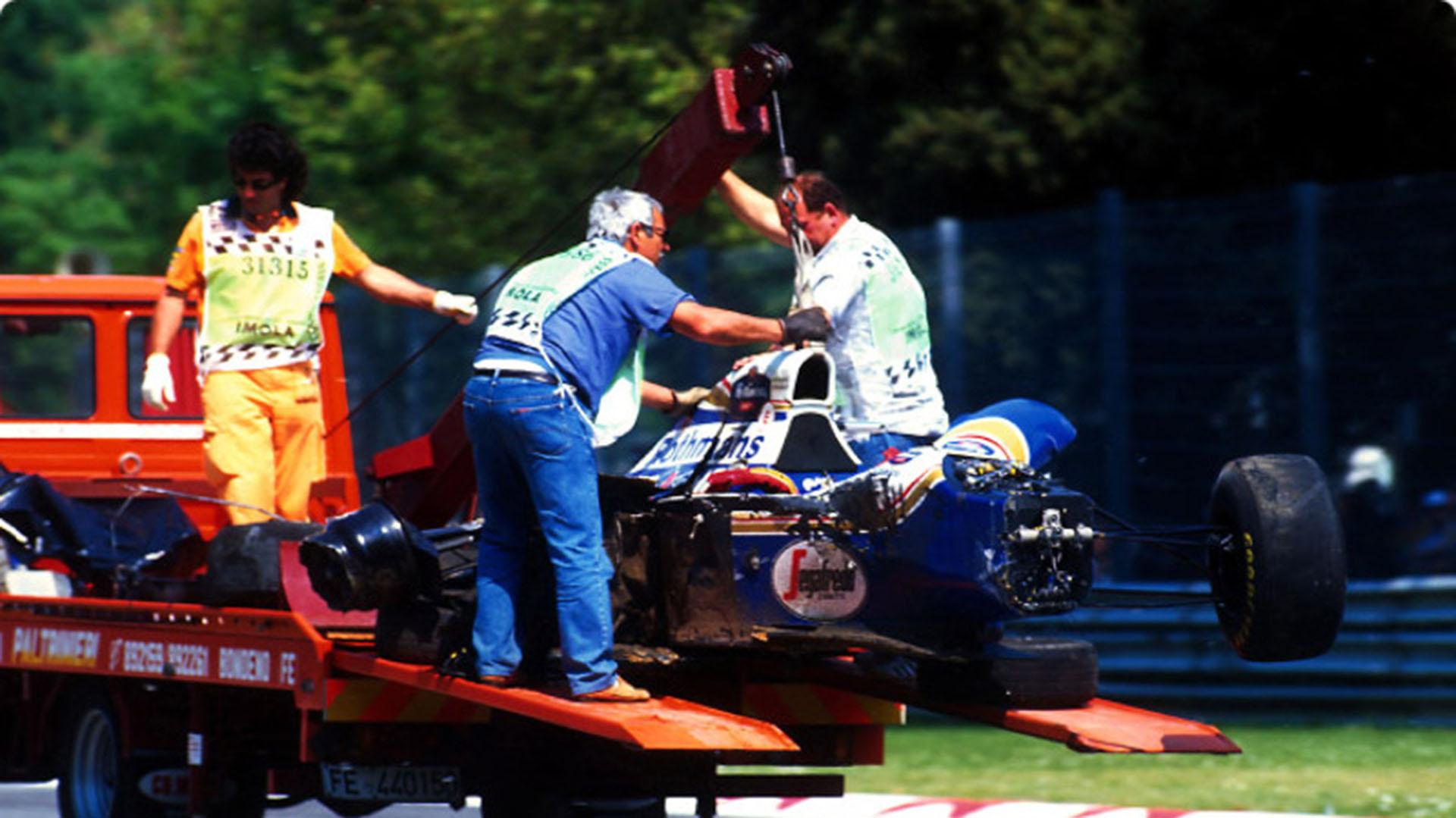La organización se lleva el auto de Senna del circuito de Imola