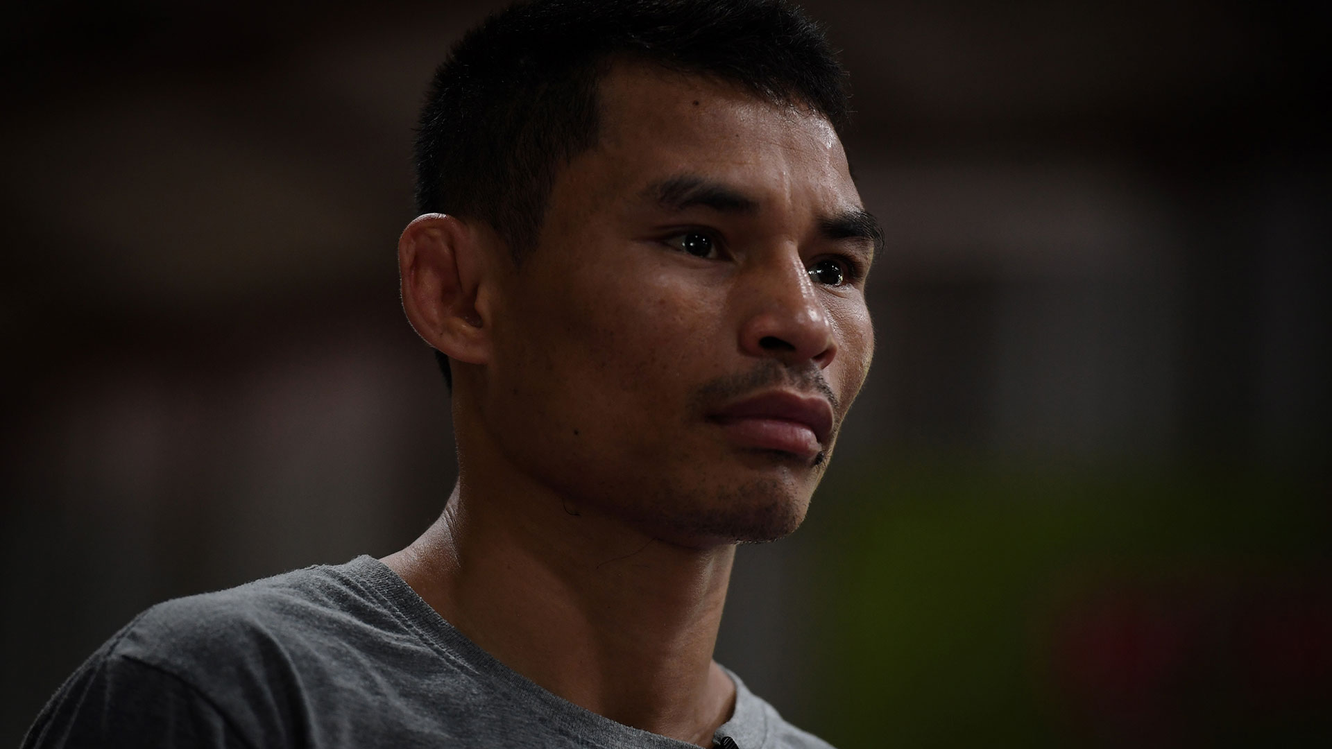 Wanheng fue luchador de Muay Thai hasta los 21 años y luego inició su gran carrera boxística (AFP)