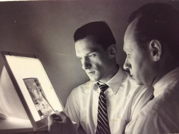 Art Paul en 1955T con Hugh Hefner. Twitter @hughhefner