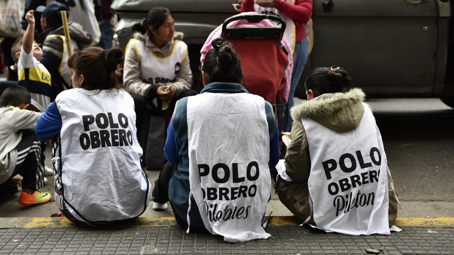 Militantes del Polo Obrero durante uno de los actos
