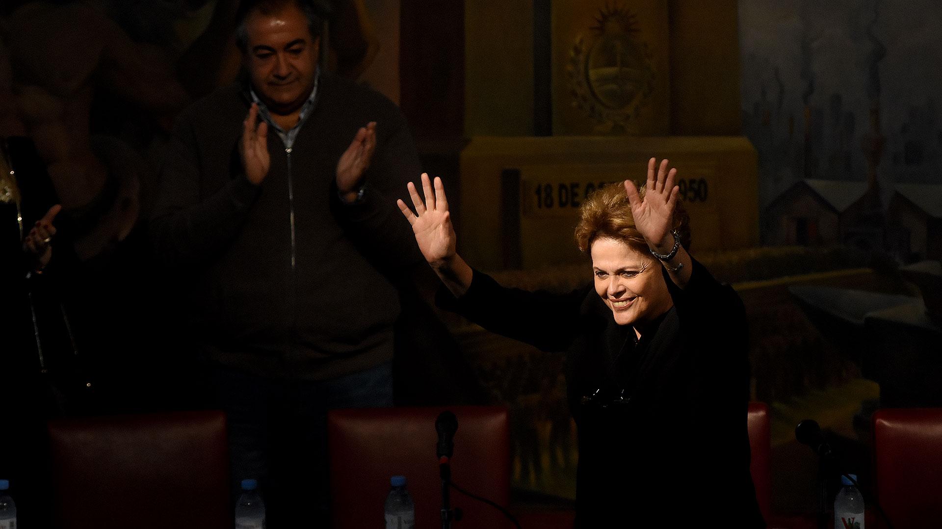 Dilma se manifestó en contra del aumento de tarifas