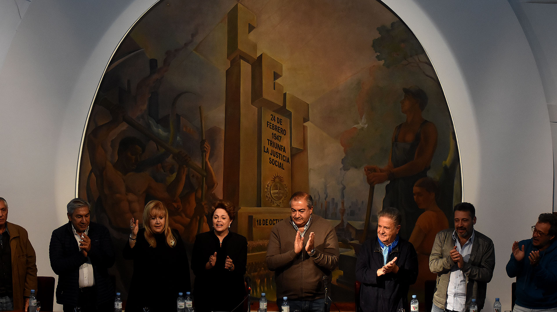La ex presidente de Brasil formó parte del acto en la CGT