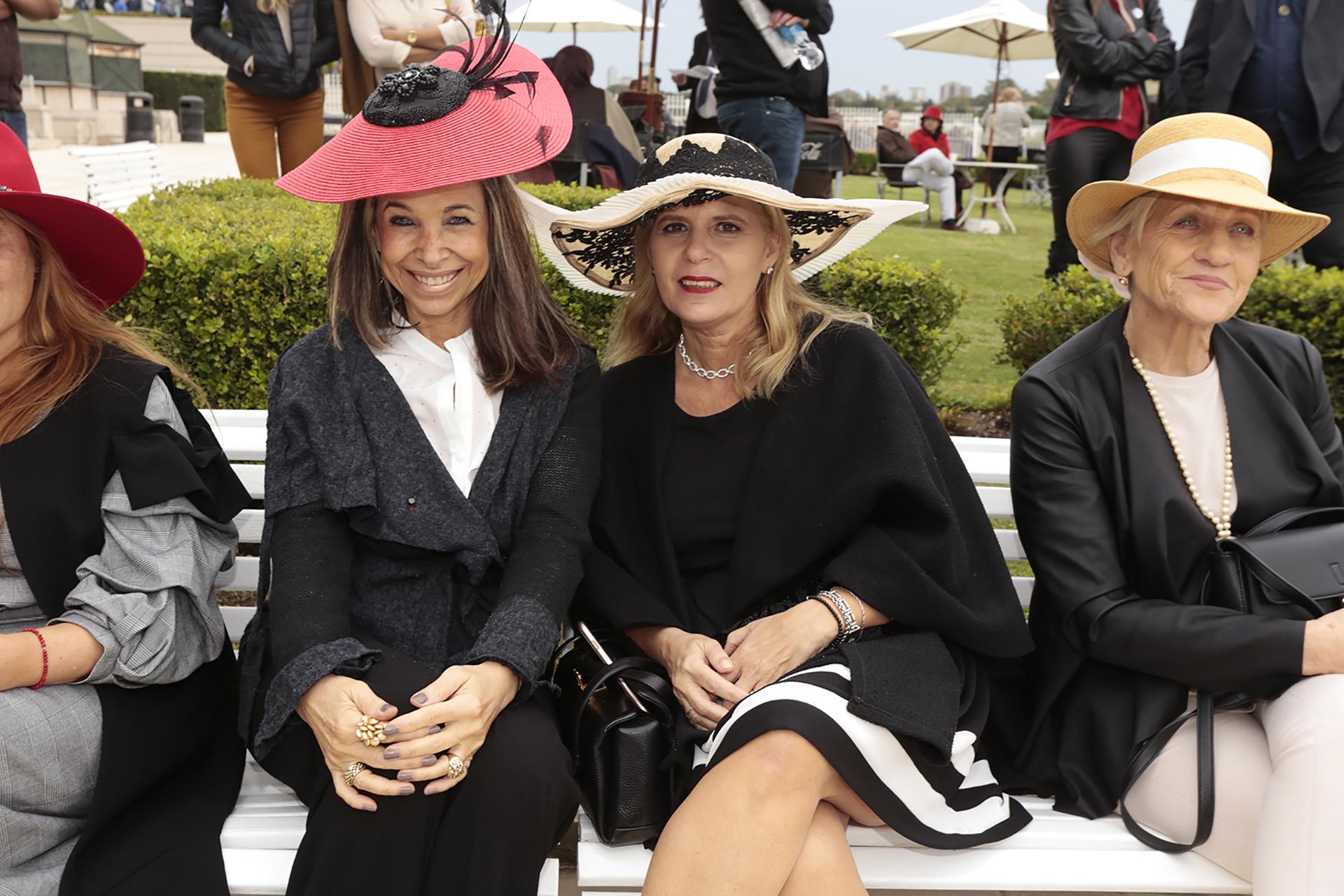 La audiencia llevó sus fascinators y sombreros al mejor estilo Ascot y con contenido sustentable, propuesto por Ecomujeres