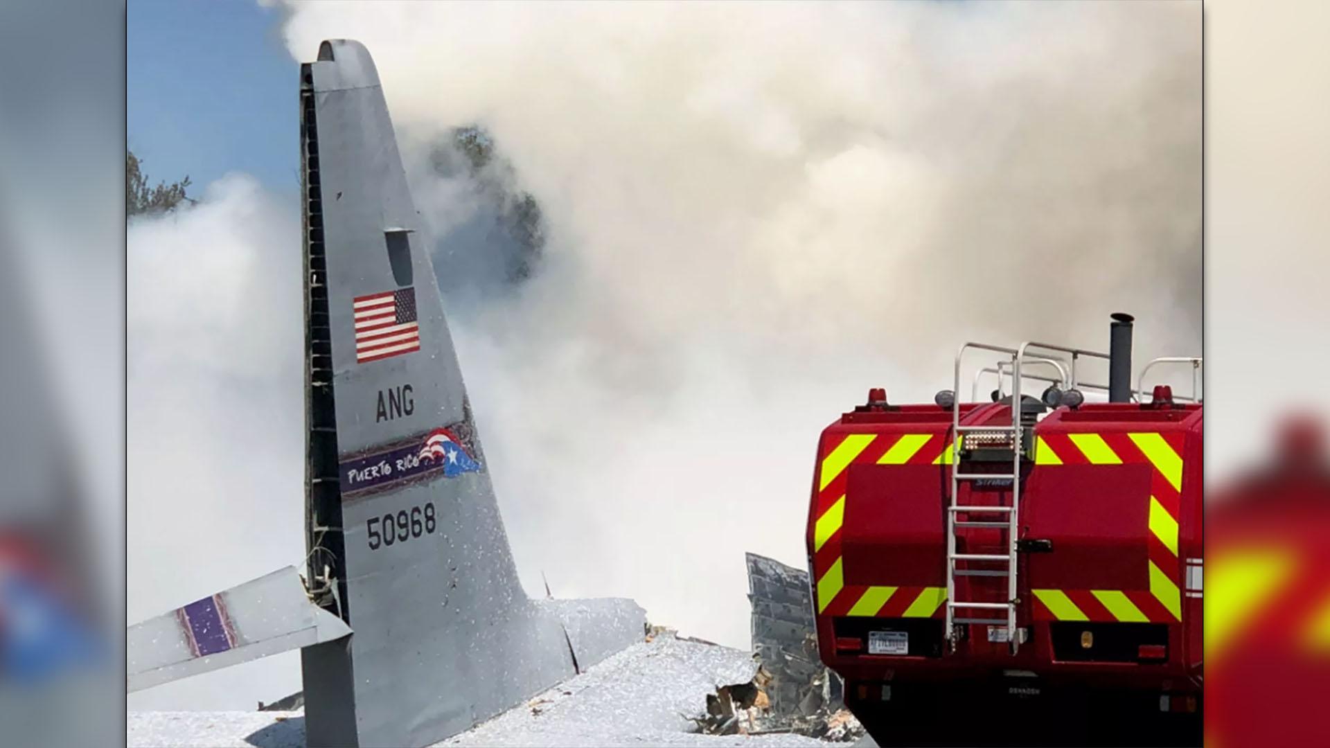 El timón de cola del avión tras el incidente (Twitter)