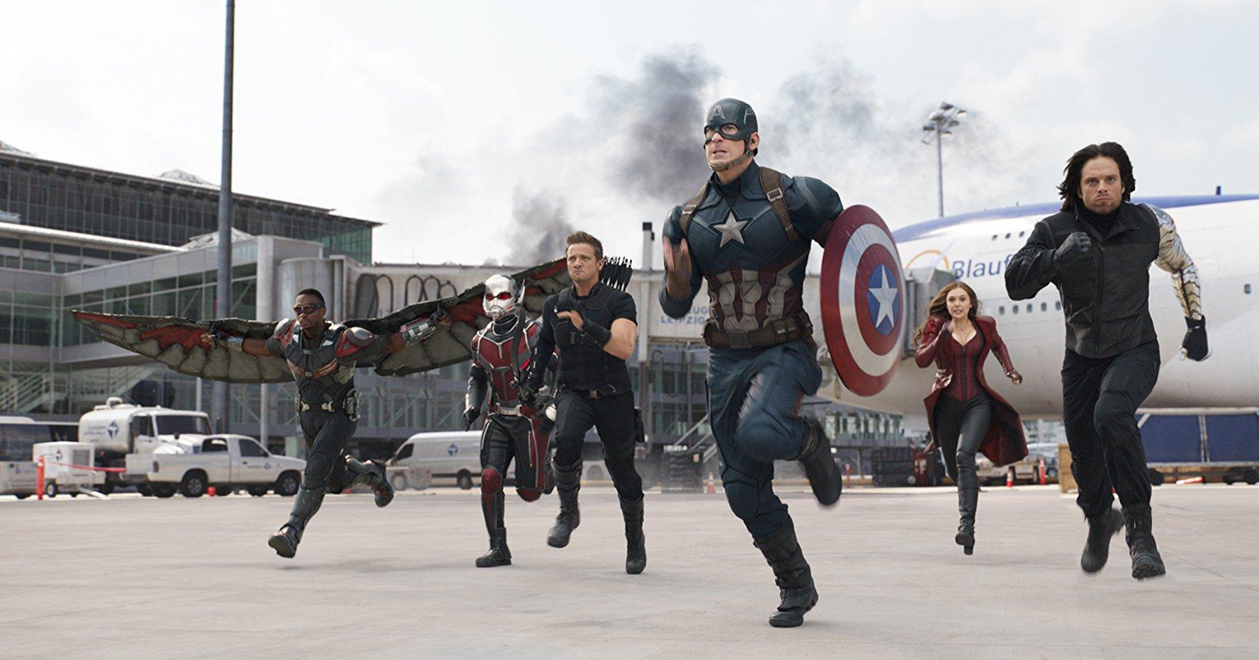El estreno del filme coincidió con el 75 aniversario del estreno del Capitan América en los cómicos de Marvel