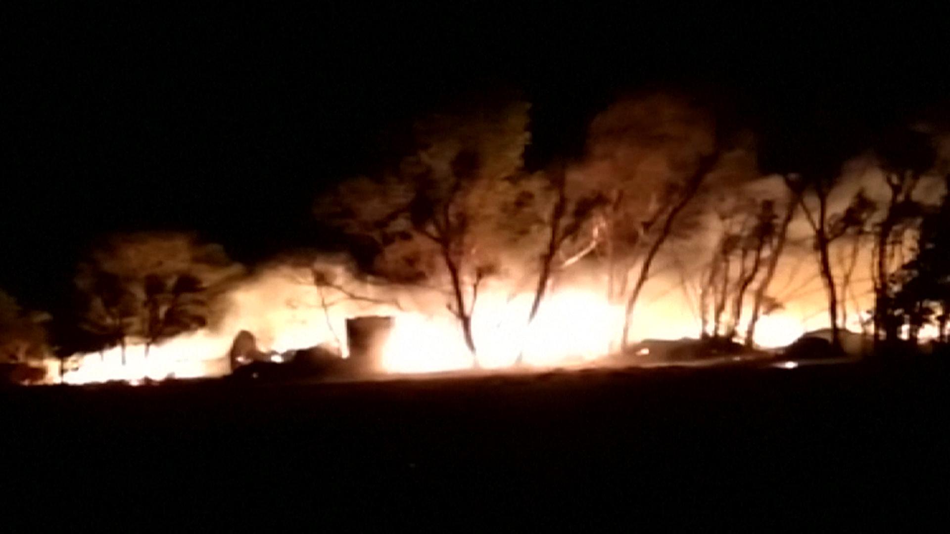 Incendios provocados por el temporal (AFP)