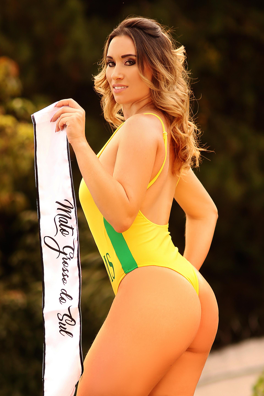 Rafaela Oliveira, 24 años (Photo © 2018 Splash News/The Grosby Group)
