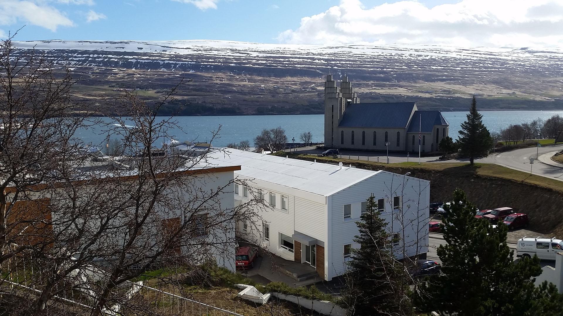 Paisaje de la bahía de Akureyri