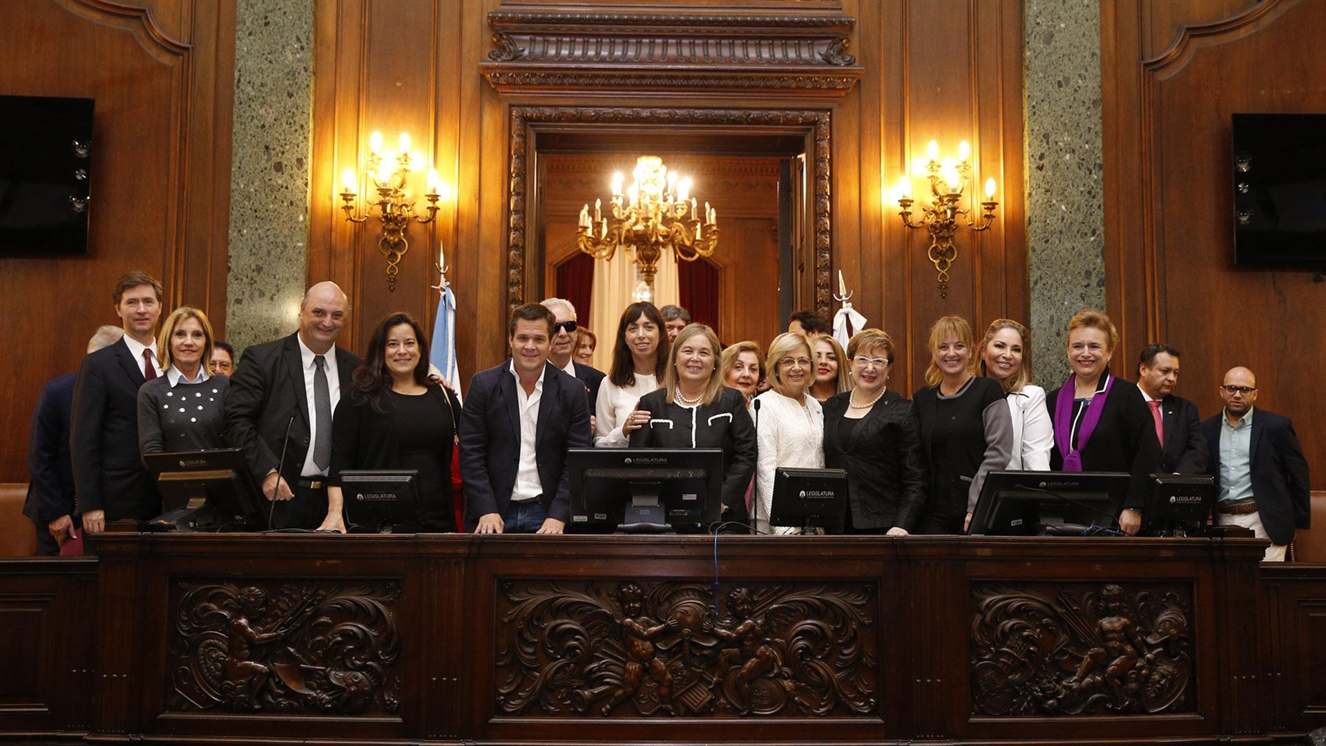 Lasjuezas fueron distinguidas en el Salón Alfonsín de la Legislatura