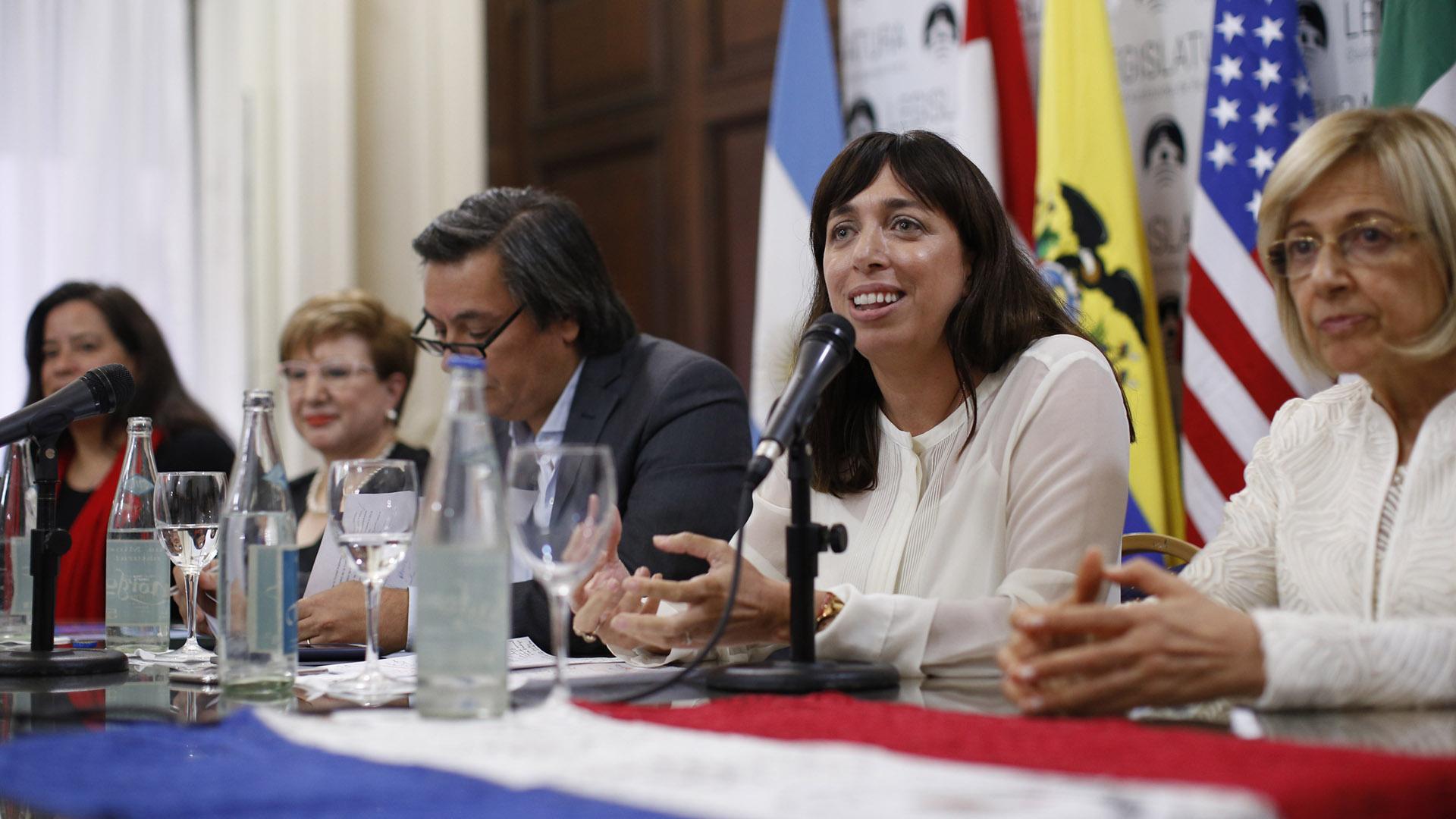 Natalia Fidel, legisladora