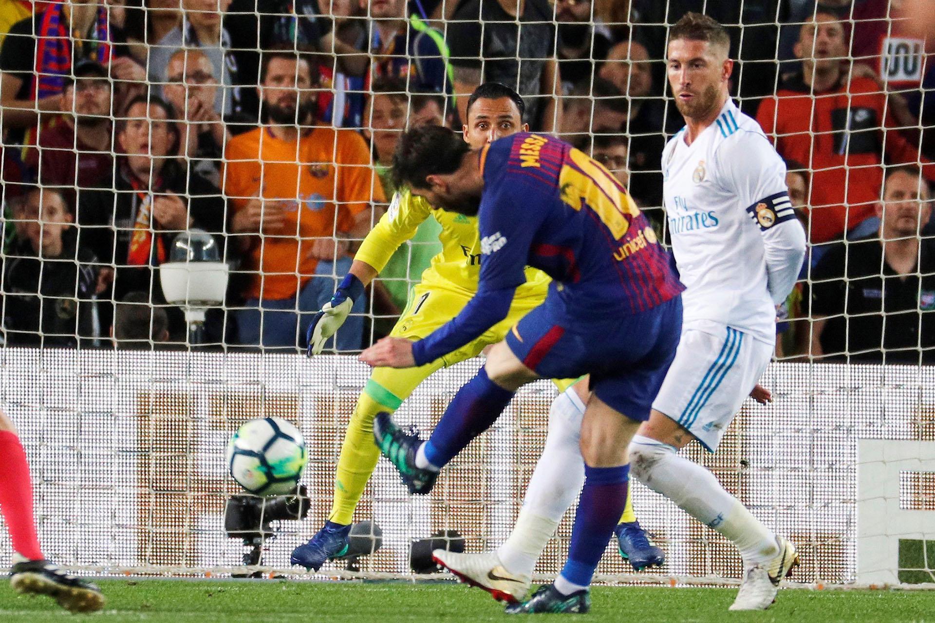 La exquisita definición de Messi (EFE)