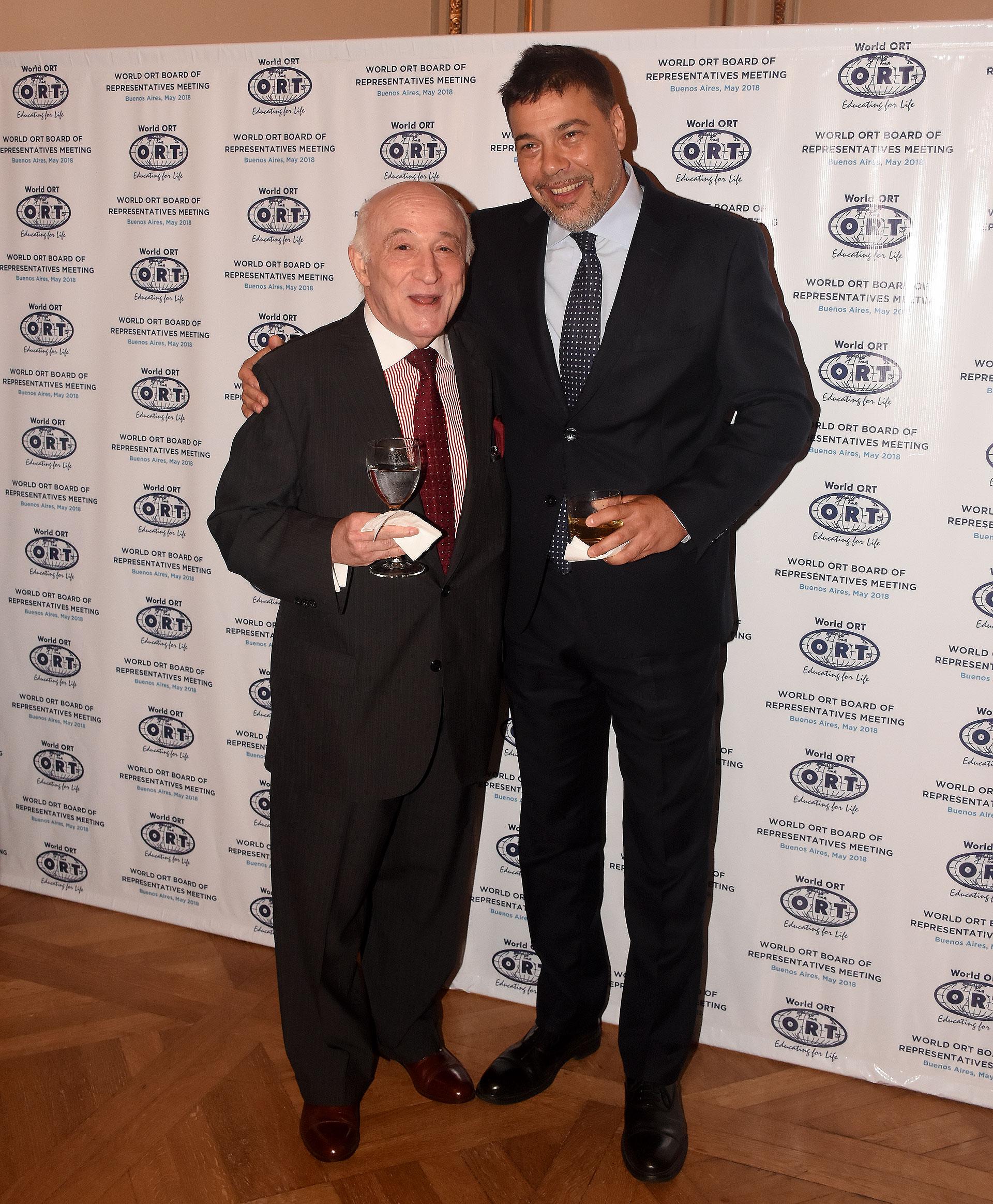 El juez Marcos Grabivker junto a Darío Werthein