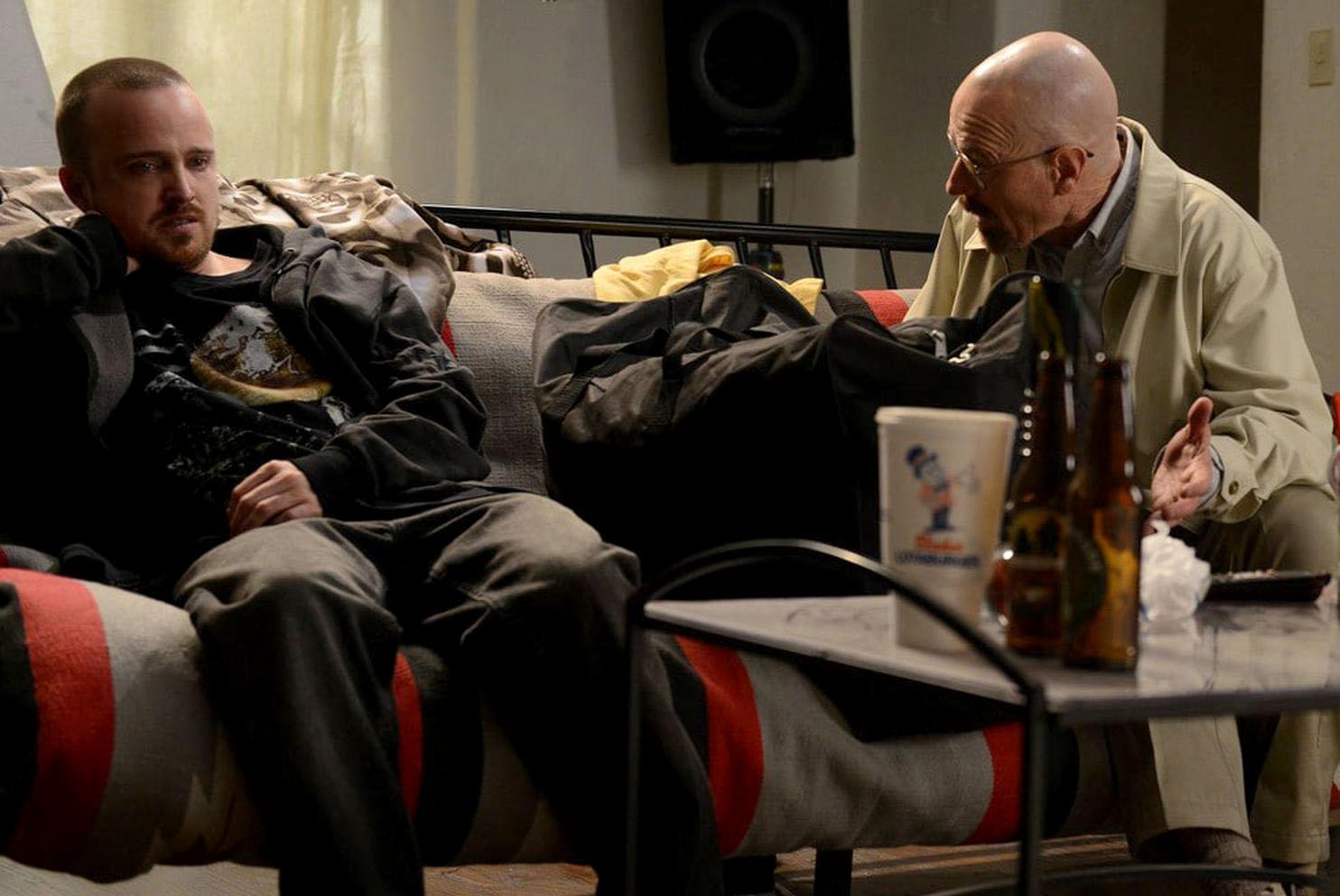 """Aaron Paul y Bryan Cranston en una escena de """"Breaking Bad"""" (Ursula Coyote, AMC)"""