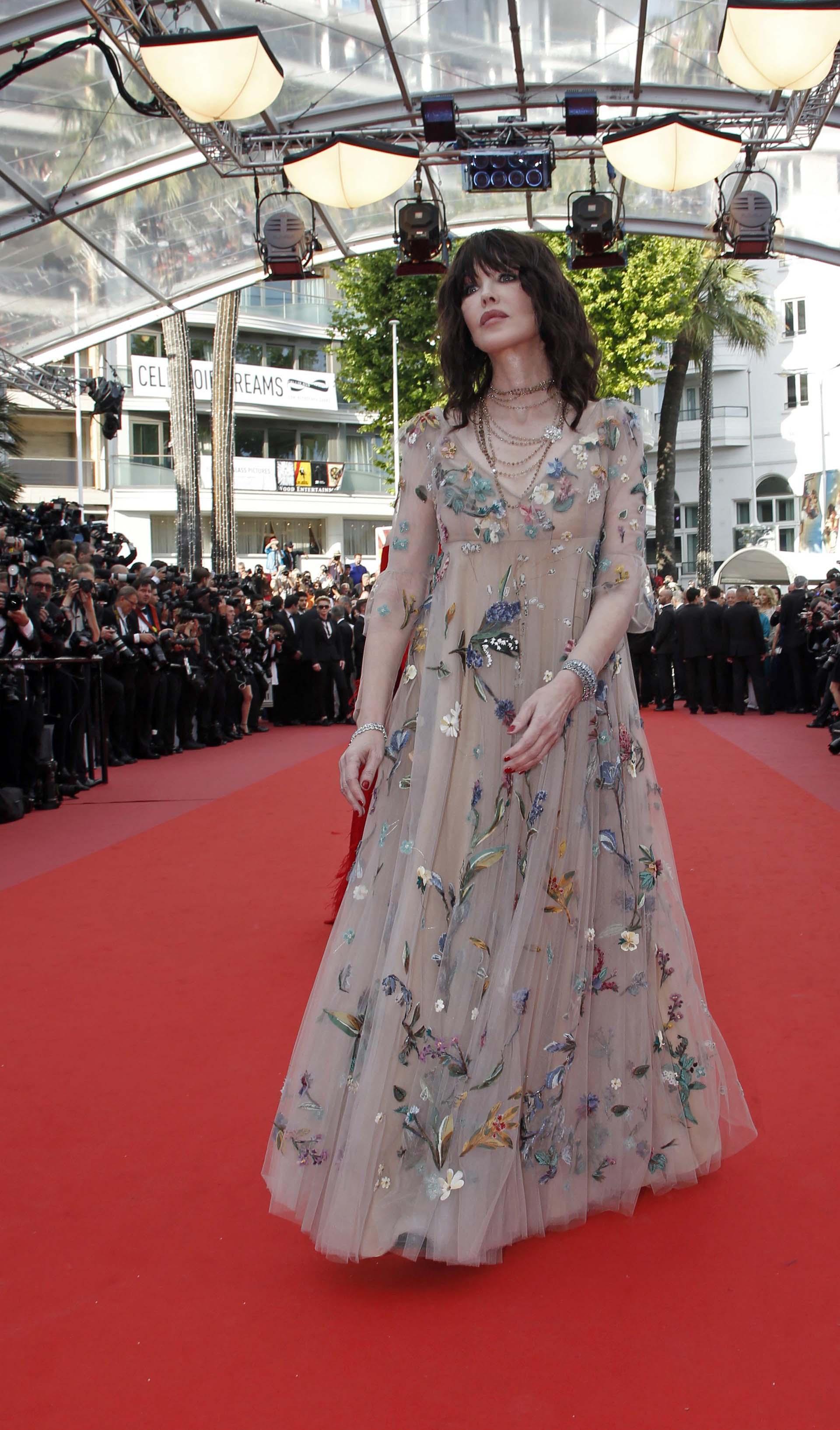 La actriz francesa Isabelle Adjani vestida por la casa Dior